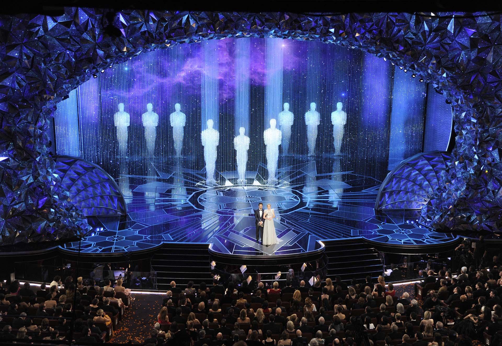 Lin-Manuel Miranday Emily Blunt presentaron la categoría Mejor canción original