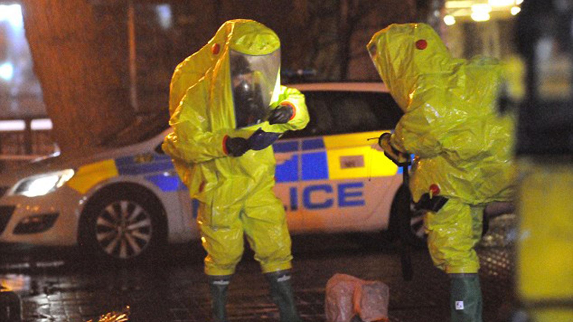 La unidad de especialistas descontaminó el área en el que se encontró a Skripal