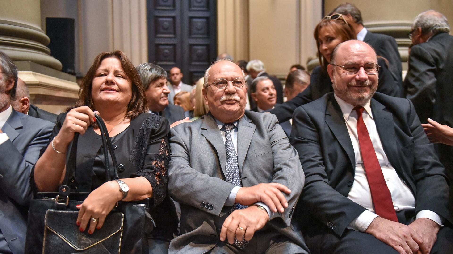 Adriana Donato, Luis María Cabral, y el presidente del Consejo de la Magistratura, Miguel Piedecasas