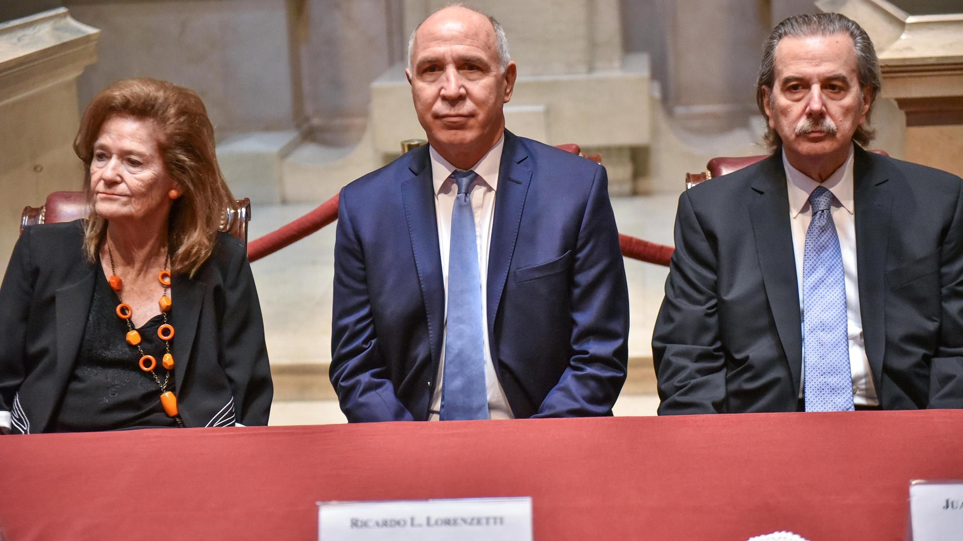 Elena Highton de Nolasco, Ricardo Lorenzetti y Juan Carlos Maqueda