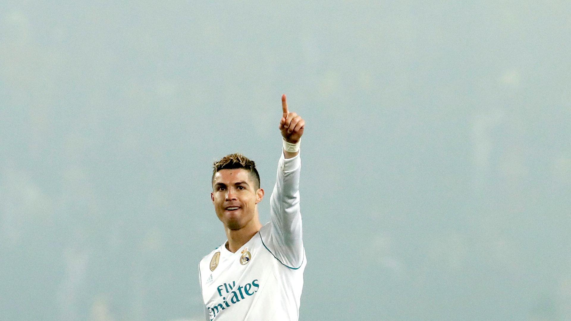 Cristiano Ronaldo celebra el pase a los cuartos de final en el Parque de los Príncipes (Foto: Reuters)