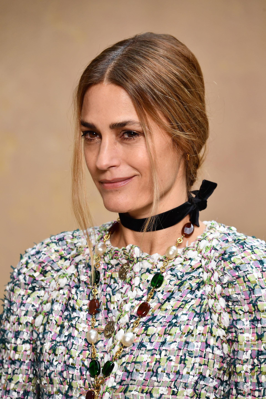 La icónica modelo Yasmine Lebon sigue siendo una referente de la moda