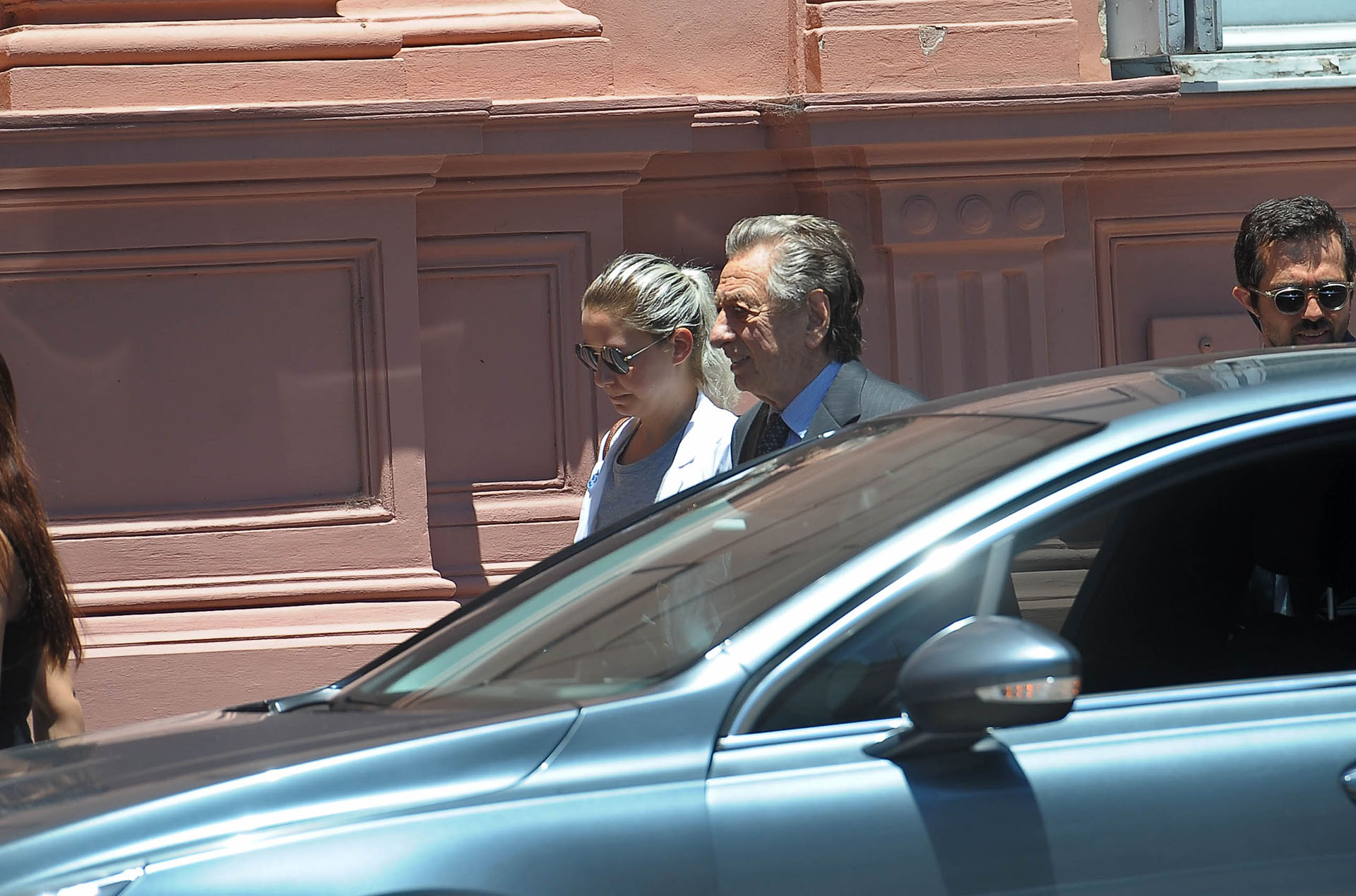 Franco Macri se casó dos veces, en ambos casos con argentinas. En 1958 contrajo matrimonio con Alicia Blanco Villegas, de quien se divorció en 1980. Dos años después se celebró la boda con Cristina Greffier, con quien estuvo casado hasta 1986 (Télam)