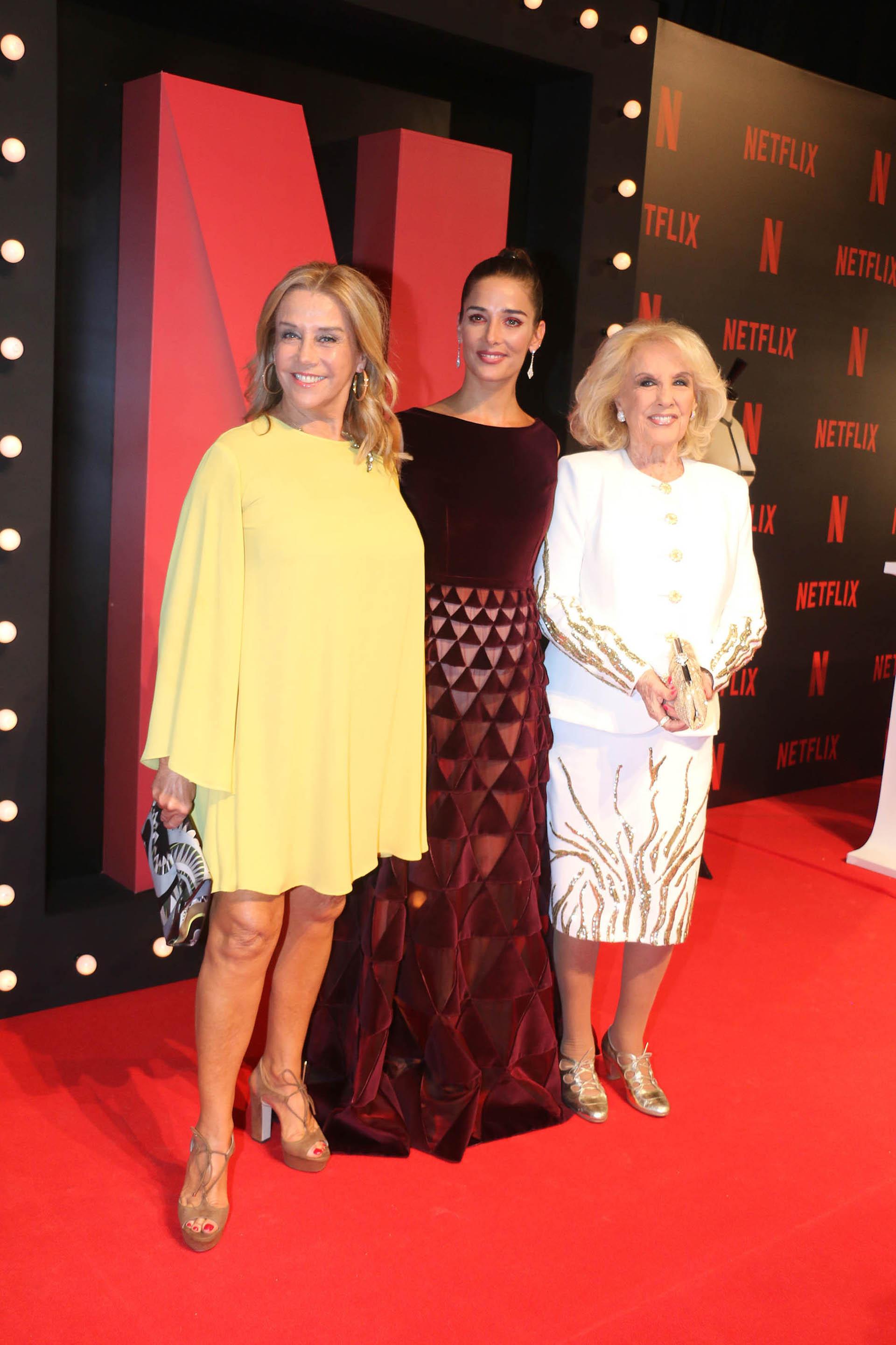 A Juana la acompañaron su mamá Marcela Tinayre y su abuela, Mirtha Legrand
