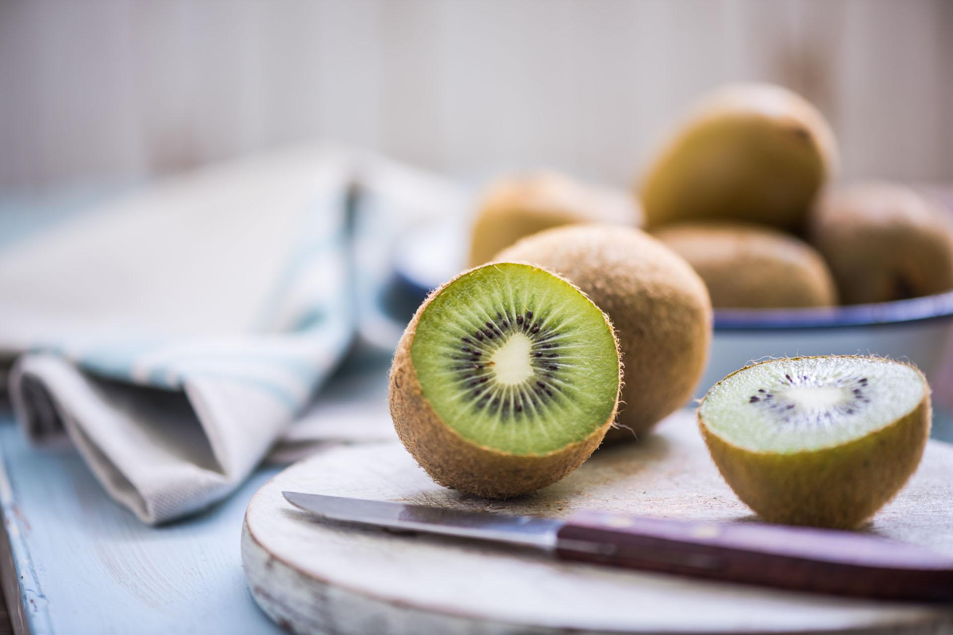 Del valor nutricional del kiwi cabe destacar que su contenido en vitamina C es más del doble que el presente en las naranjas (Getty Images)