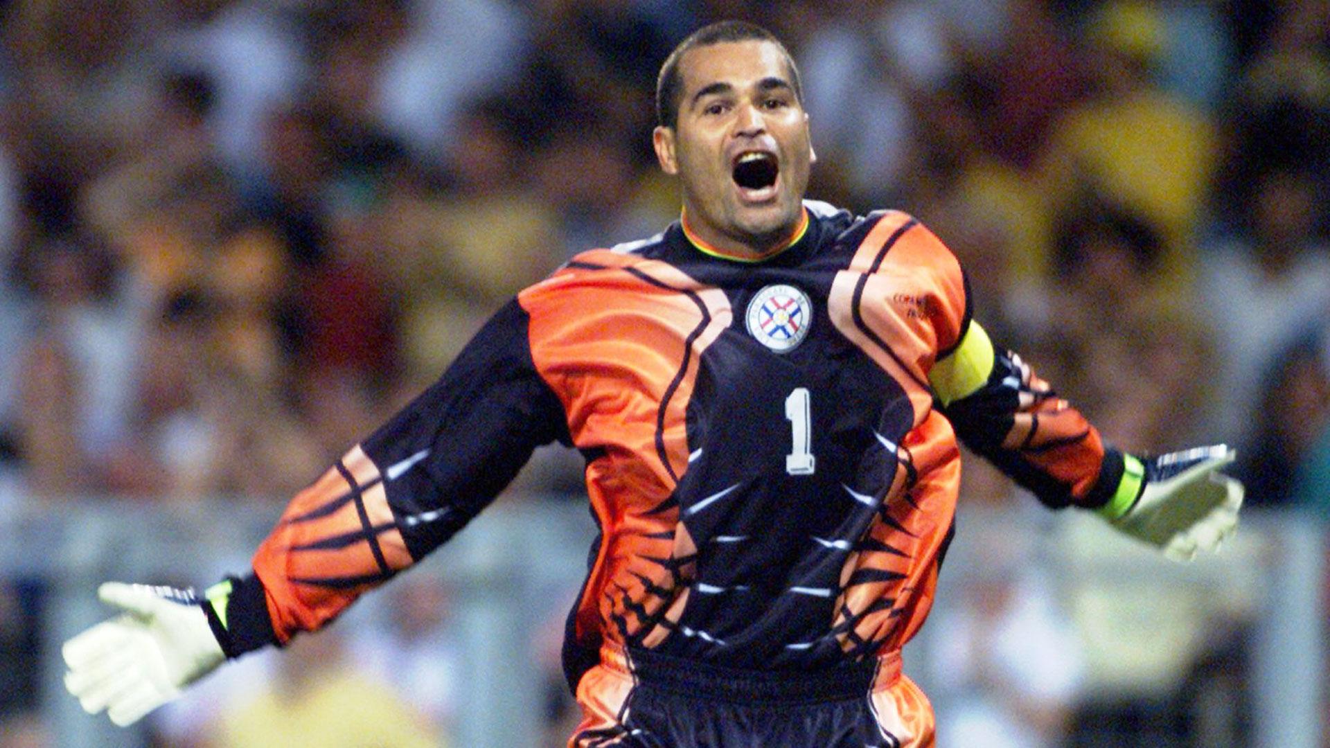 Chilaver atajó en dos Mundiales para Paraguay (AP)
