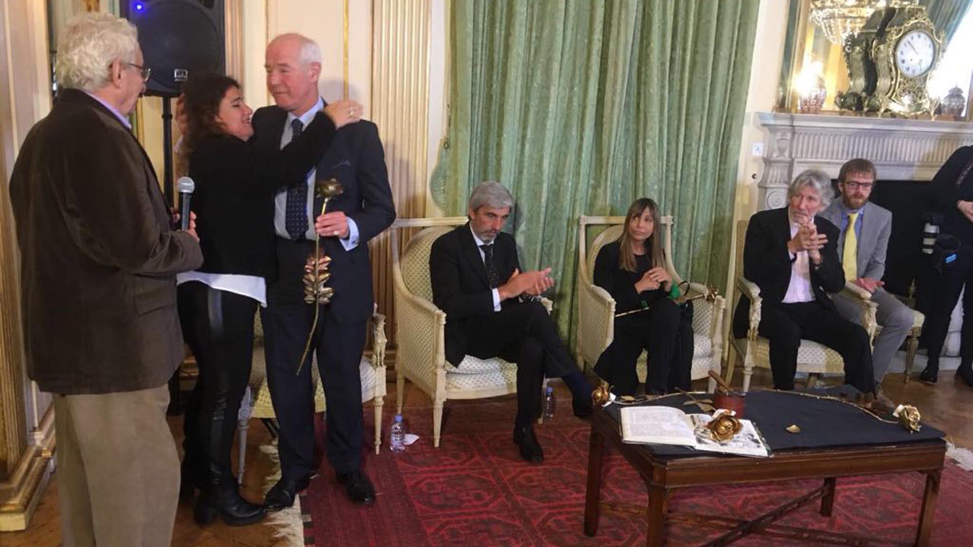 La ceremonia se realizó en la residencia del embajador argentino en Londres
