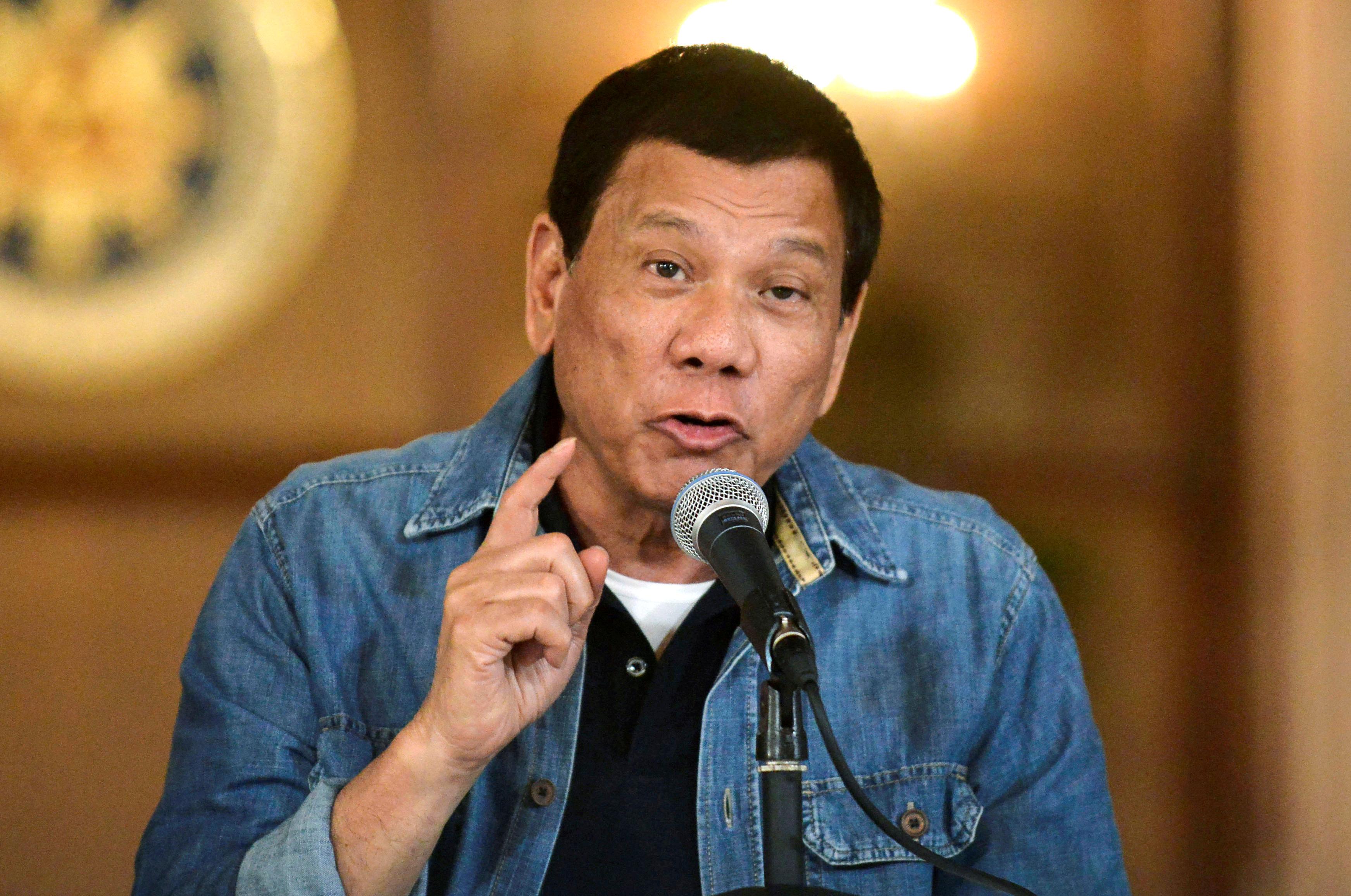El presidente filipino Rodrigo Duterte en una foto de 2017 (REUTERS/Ezra Acayan/archivo)
