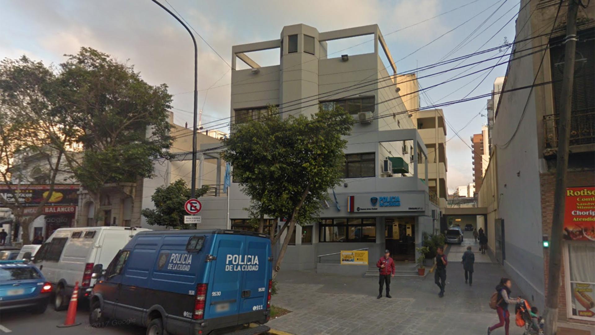 Comisaría 11, donde fueron detenidos los dos oficiales (Google maps)