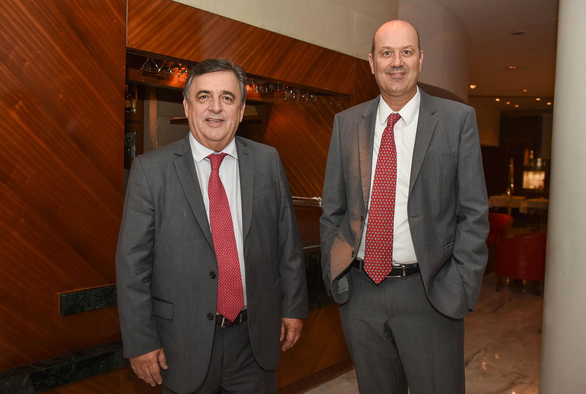 Mario Negri (presidente del Interbloque de Cambiemos en Diputados) y Federico Sturzenegger (presidente del Banco Central de la República Argentina)