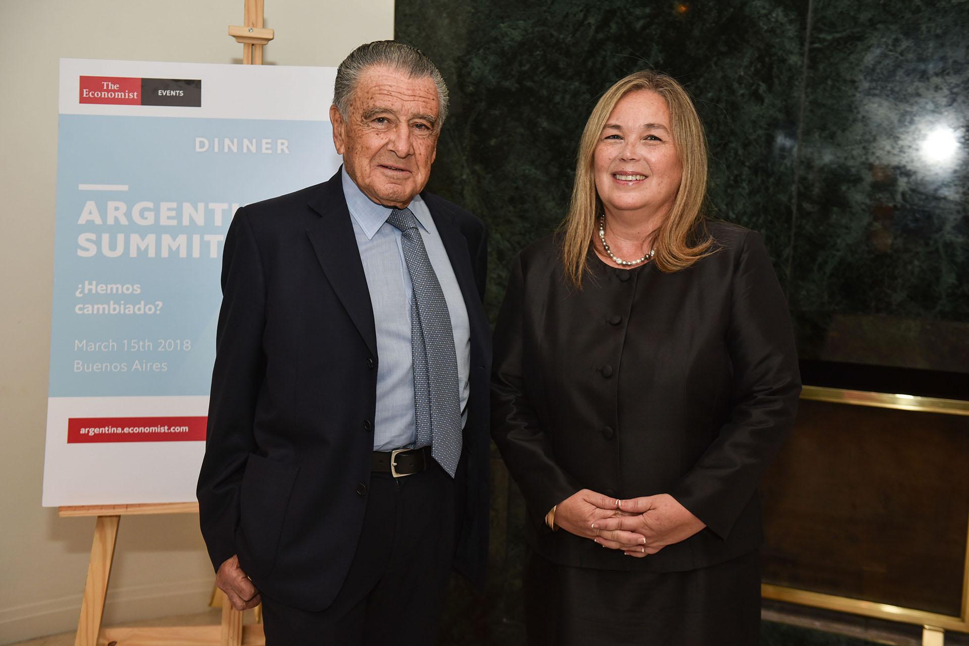Eduardo Eurnekian y Susana Medina, presidenta de la Asociación Internacional de Mujeres Jueces
