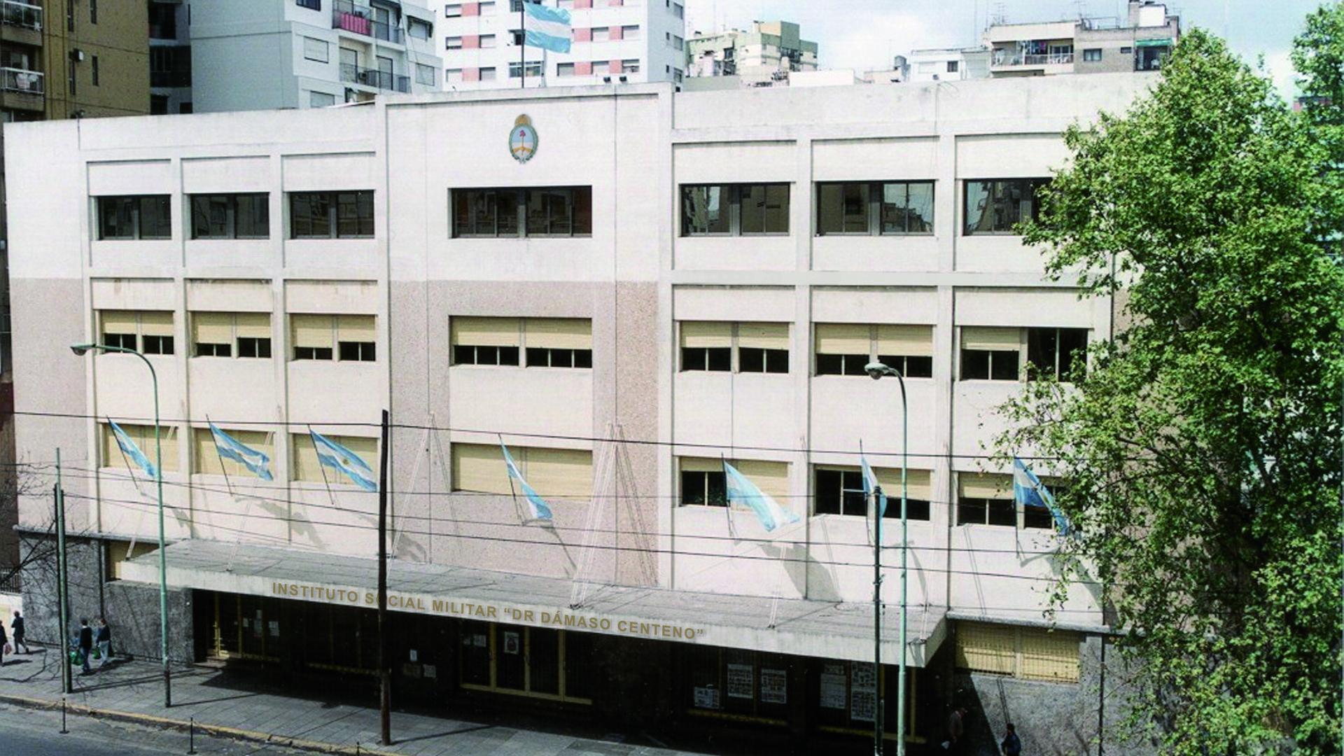 El colegio Dámaso Centeno está al borde de una crisis institucional.