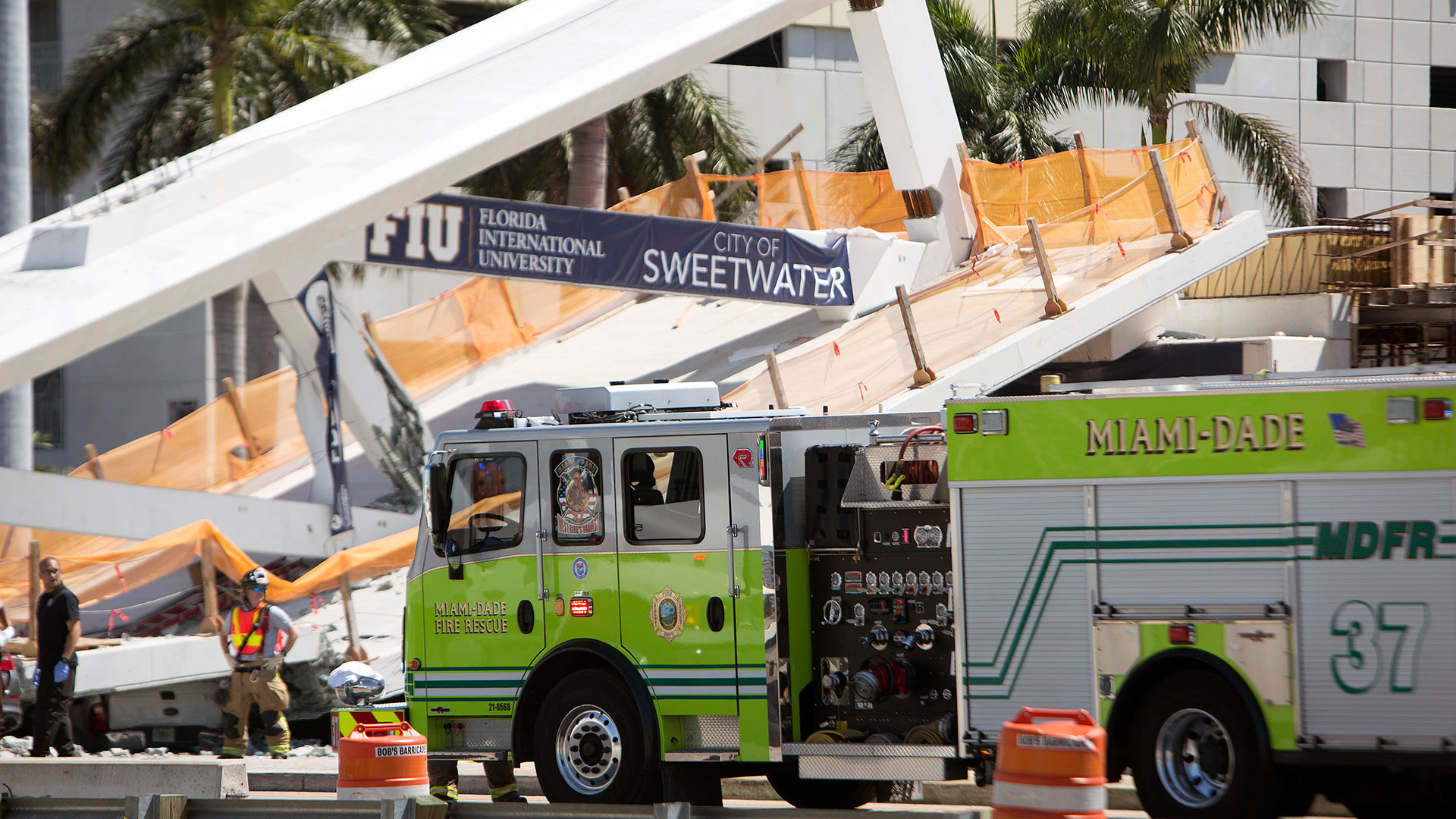 El puente unía la ciudad de Sweetwater con la Universidad Internacional de la Florida (AP)
