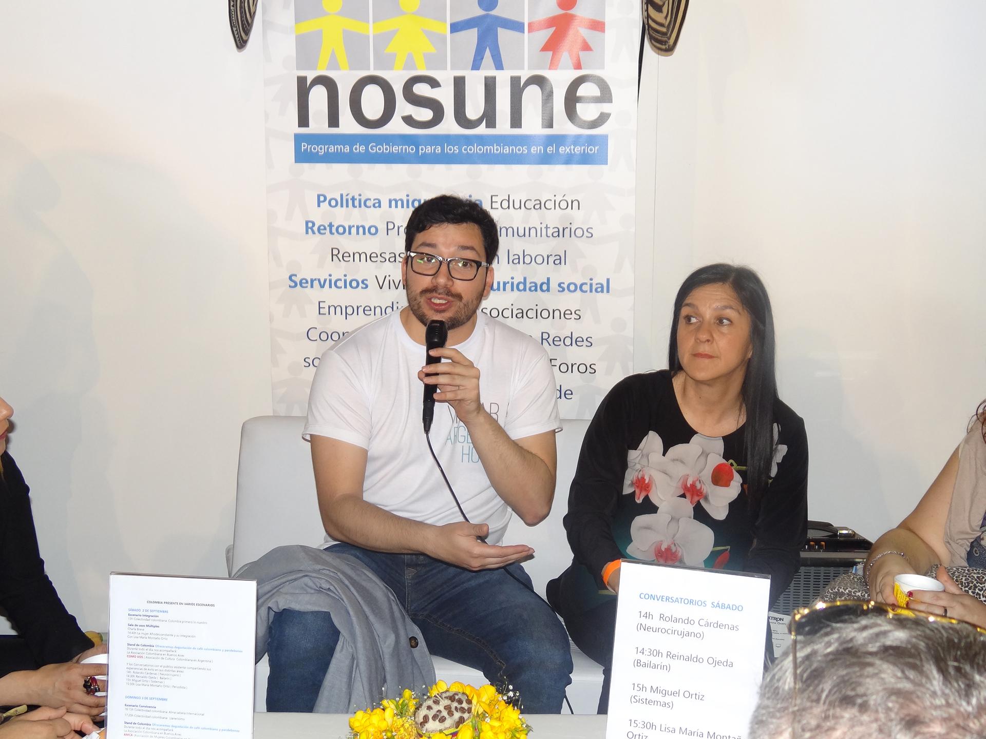 Miguel Ortiz es experto en sistemas y creó el sitio Viajar a Argentina Hoy, una referencia ineludible para los inmigrantes que llegan al país. Trabaja en una importante entidad financiera de Buenos Aires