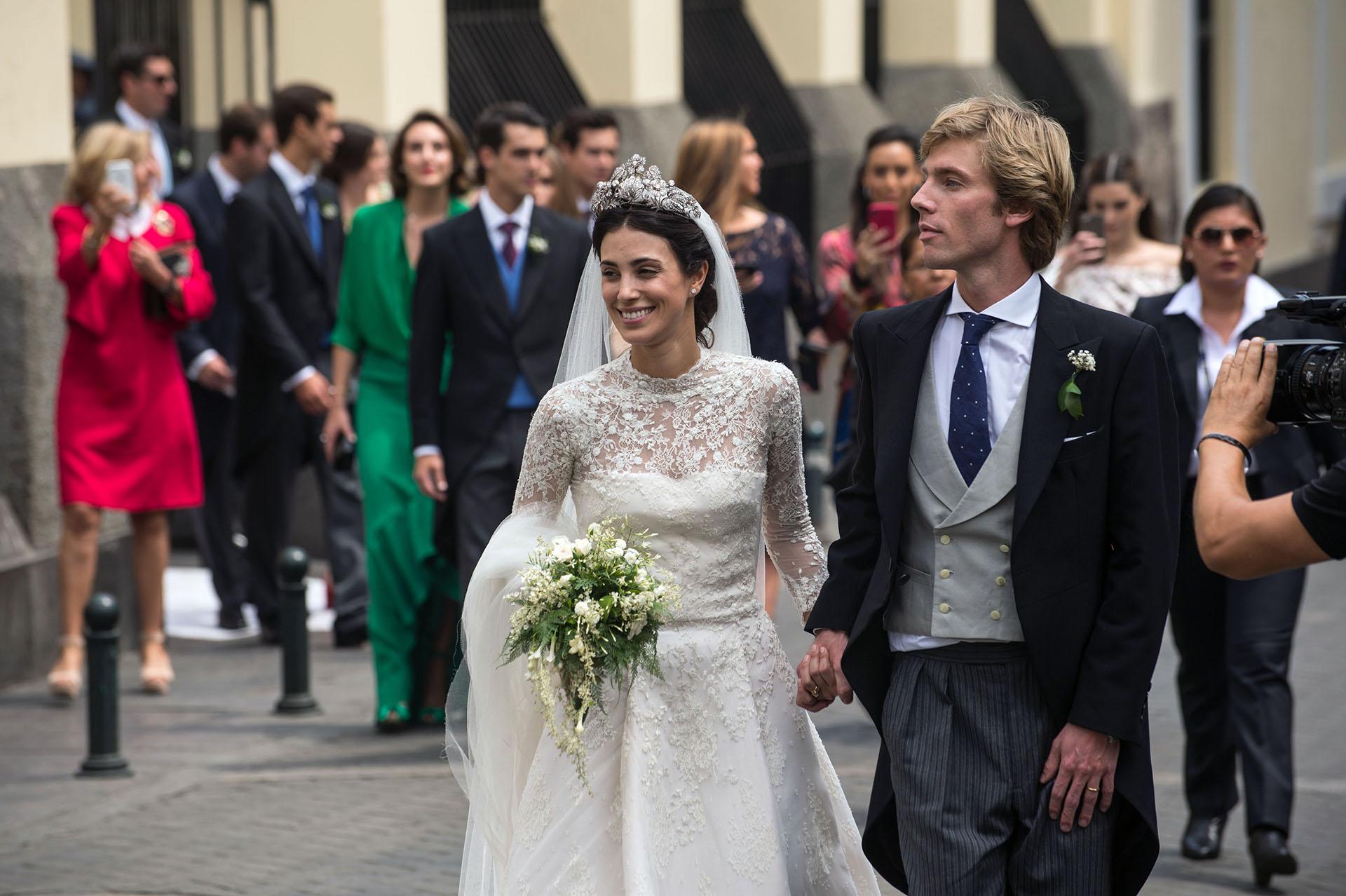 La ex modelo Alessandra de Osma y el príncipe Christian de Hannover – hijo de Chantal Hochuli y Ernest de Hanover, celebraron su boda religiosa en Lima (AFP)