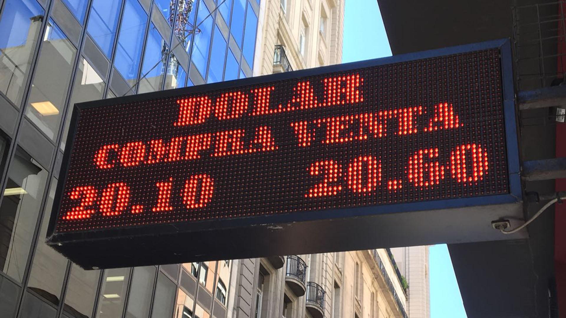 El Banco Central intervino fuerte para evitar que el dólar siga subiendo (Foto: Lihue Althabe)