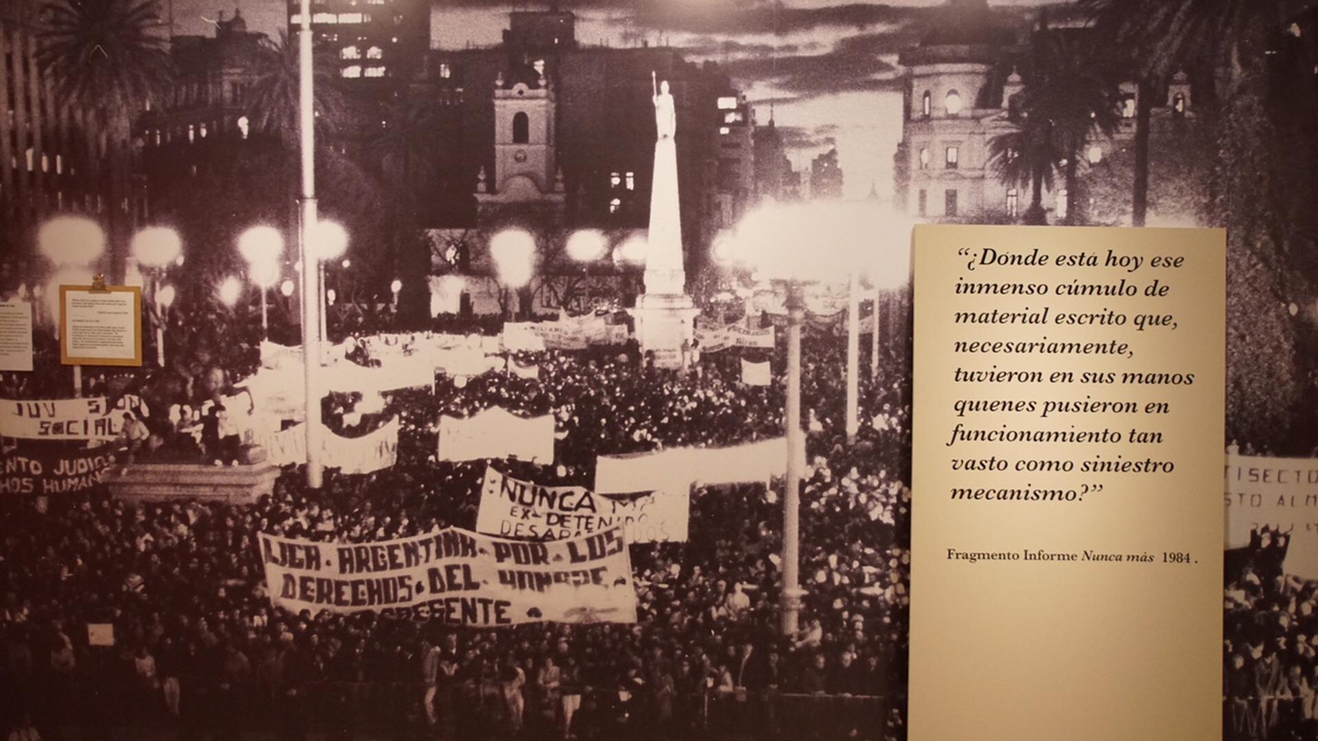 Un homenaje a los desperecidos en víspera de al 24 de Marzo, Día Nacional de la Memoria por la Verdad y la Justicia