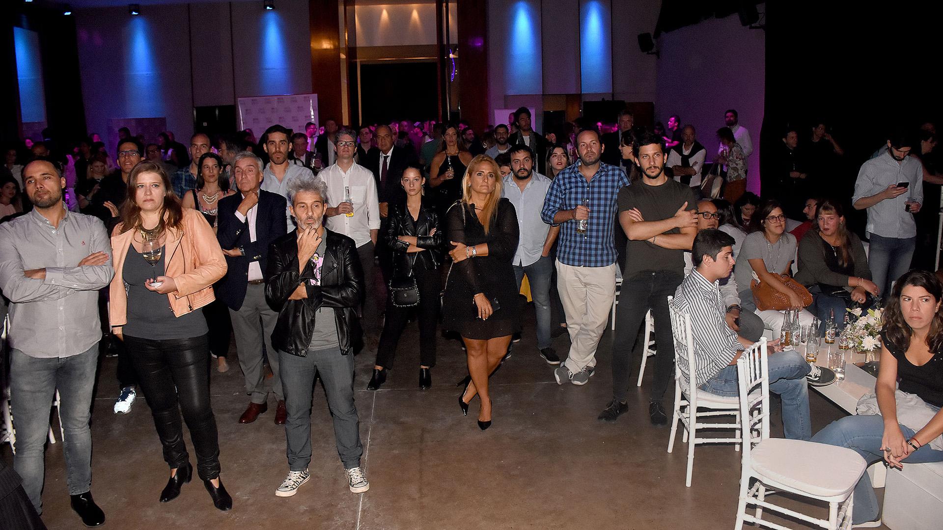 Más de 200 invitados celebraron los tres años de 'Radio Con Vos'