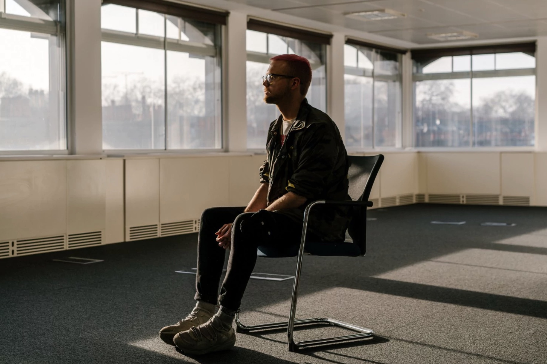 Christopher Wylie explicó cómo Facebook compartía los datos de sus usuarios con las apps, por lo cual se produjo el abuso de Cambridge Analytica (Jake Naughton/The Washington Post)