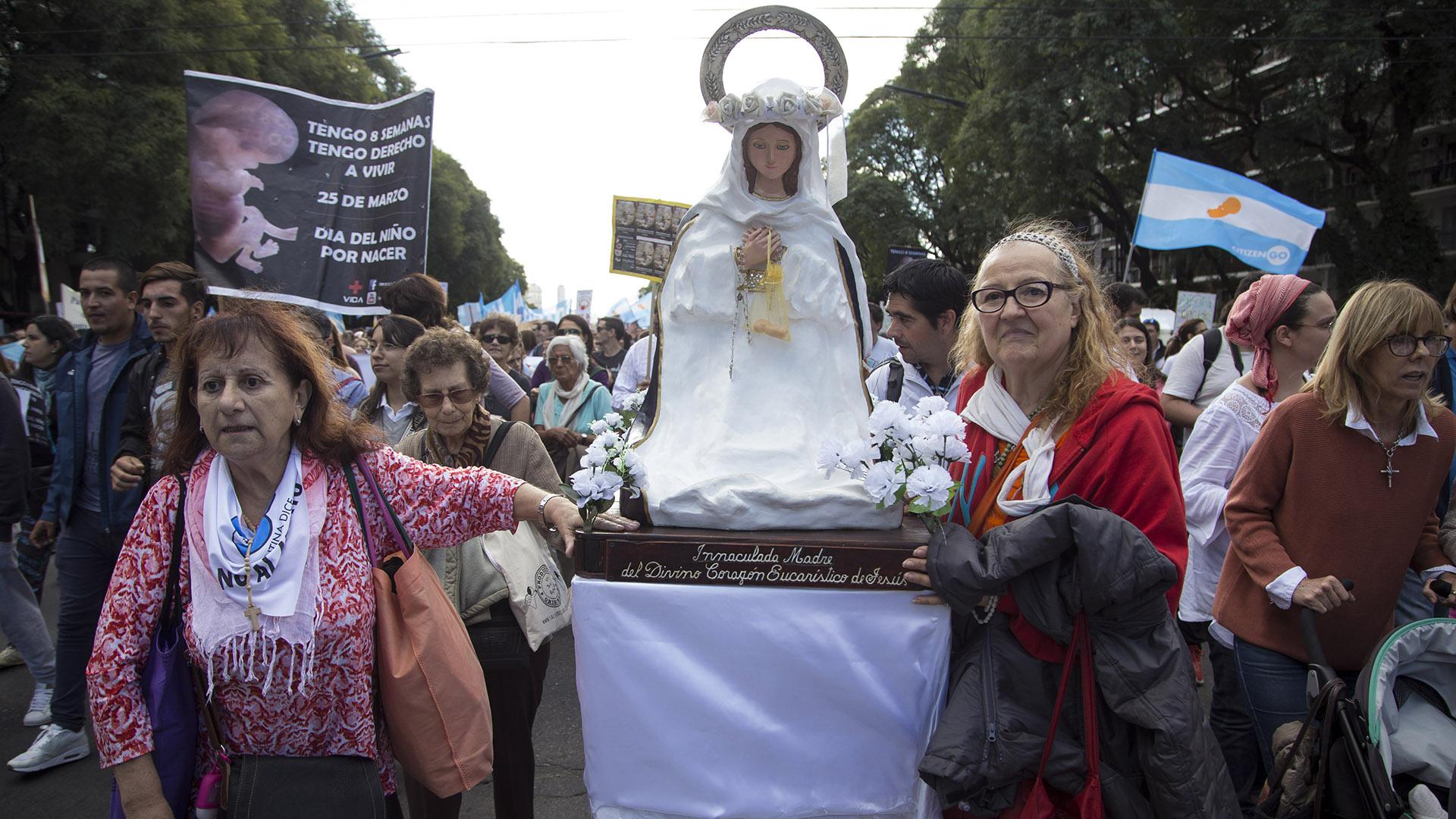 La convocatoria se realizó con motivo delacelebracióndel Día del Niño por Nacer