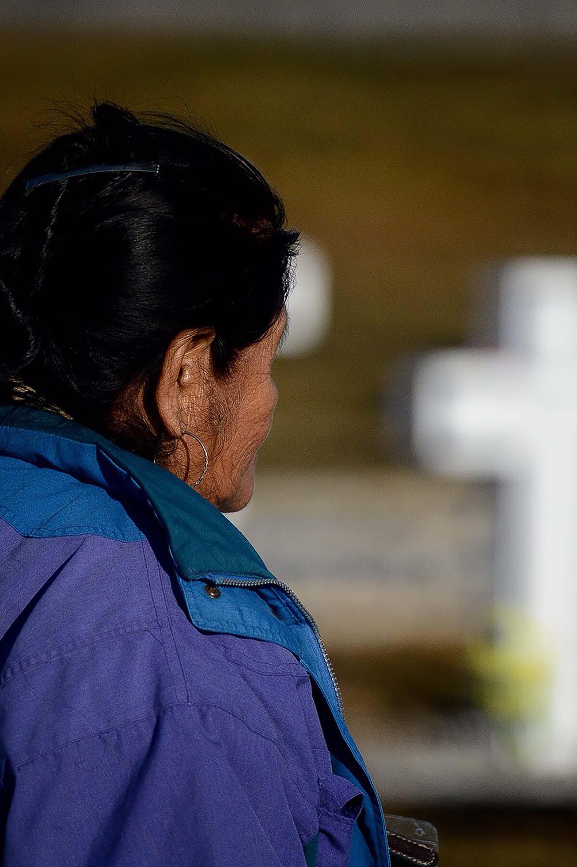 """Norma Di Moto, hermana de Celso Alegre, soldado chaqueño: """"Mi mamá no quiso venir, ella quiere seguir imaginando a su hijo como el día que se fue a la guerra"""" (Foto: Presidencia de la Nación/Secretaria DDHH/ Víctor Bugge)"""
