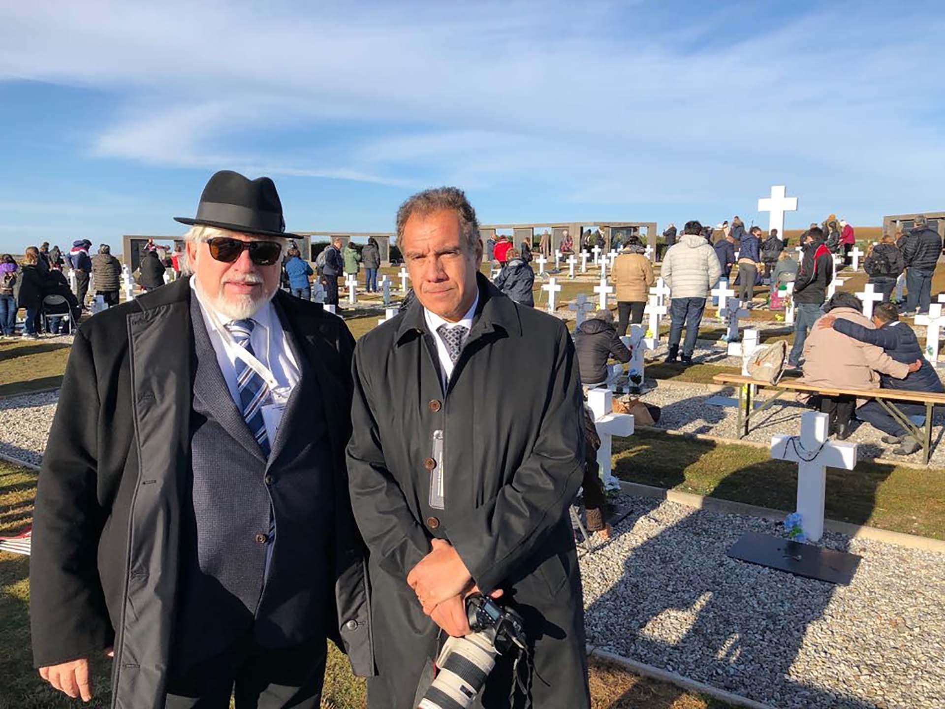 Adrián Werthein, presidente del Congreso Judío Lationoamericano y Daniel Hadad en un día histórico en las islas