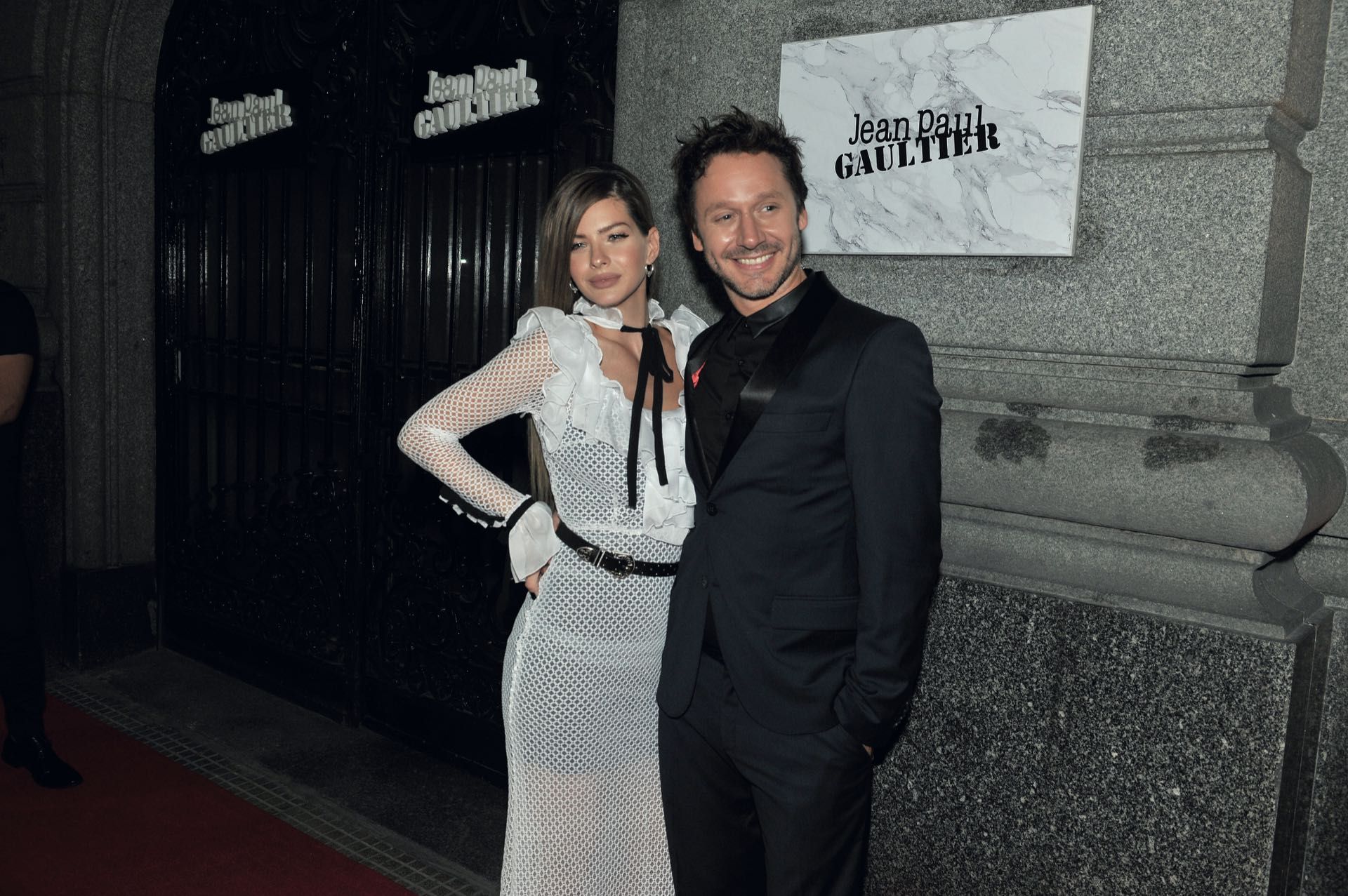 La China Suárez y Benjamín Vicuña dijeron presente en la fiesta.