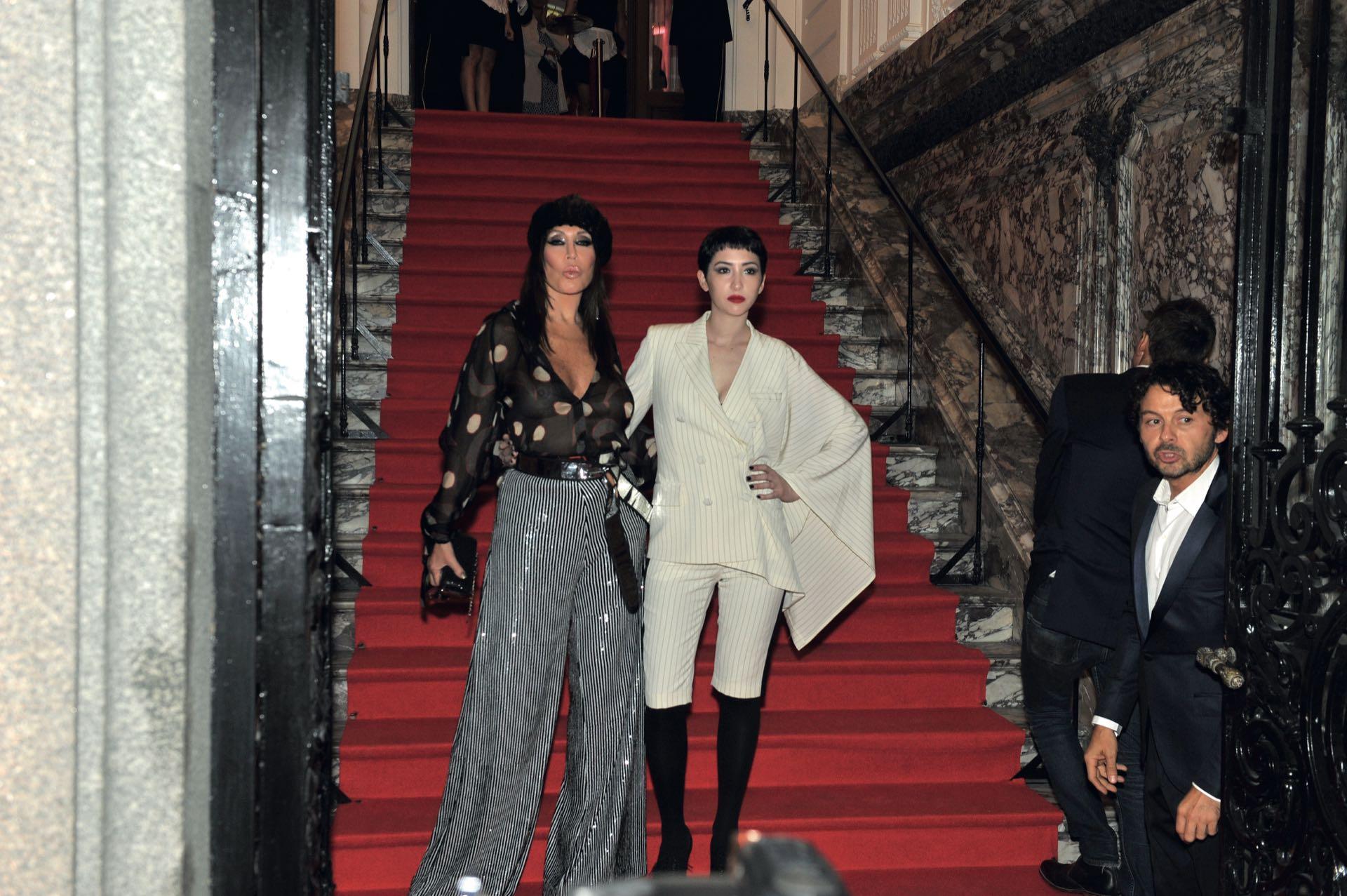 Moria Casán y su hija Sofía Gala, vestida por JPG