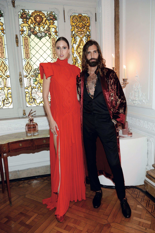 Anna Cleveland y Maxi Patane en la fiesta de Gaultier