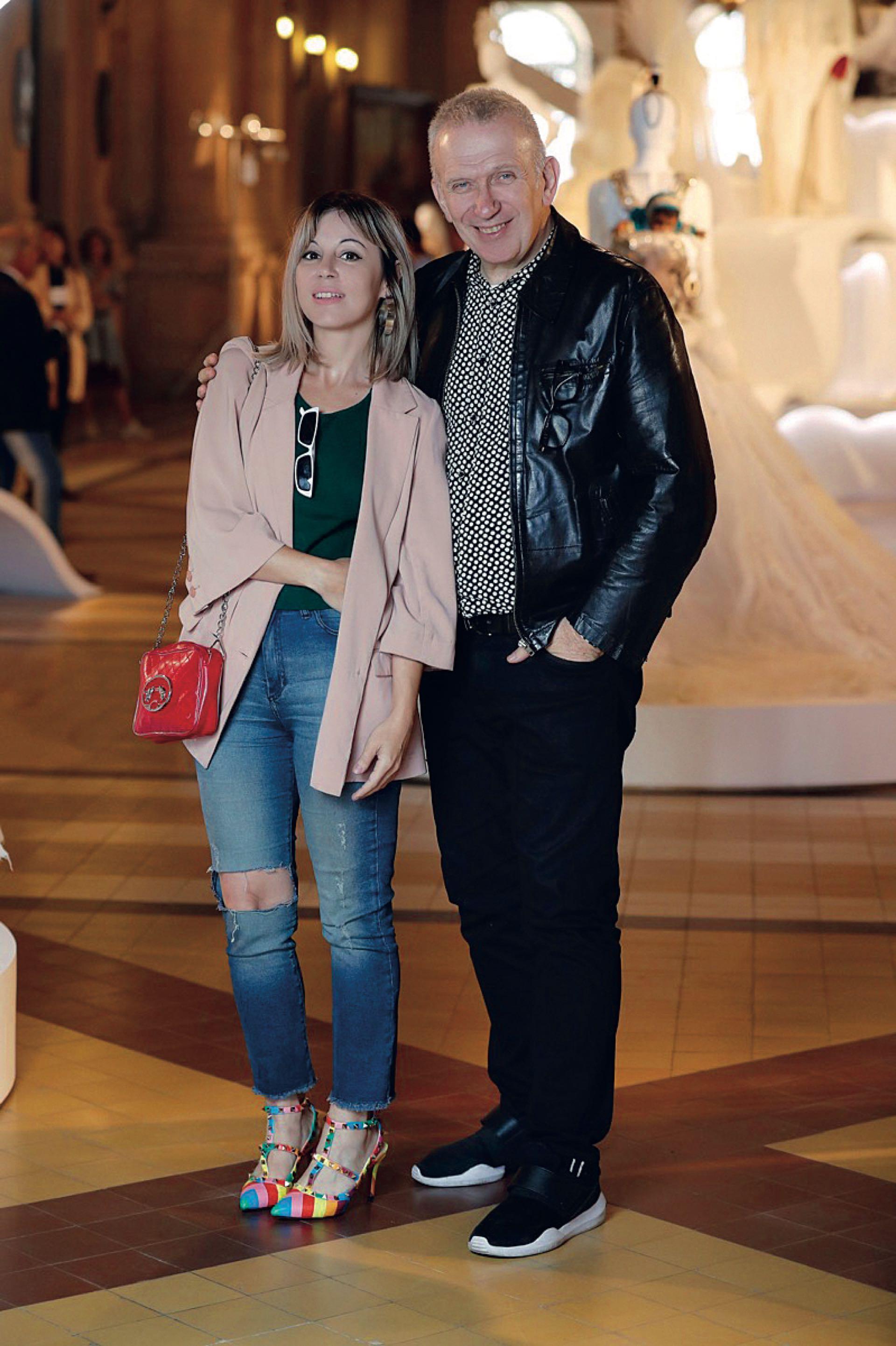 Jean Paul Gaultier y Karina Noriega de GENTE