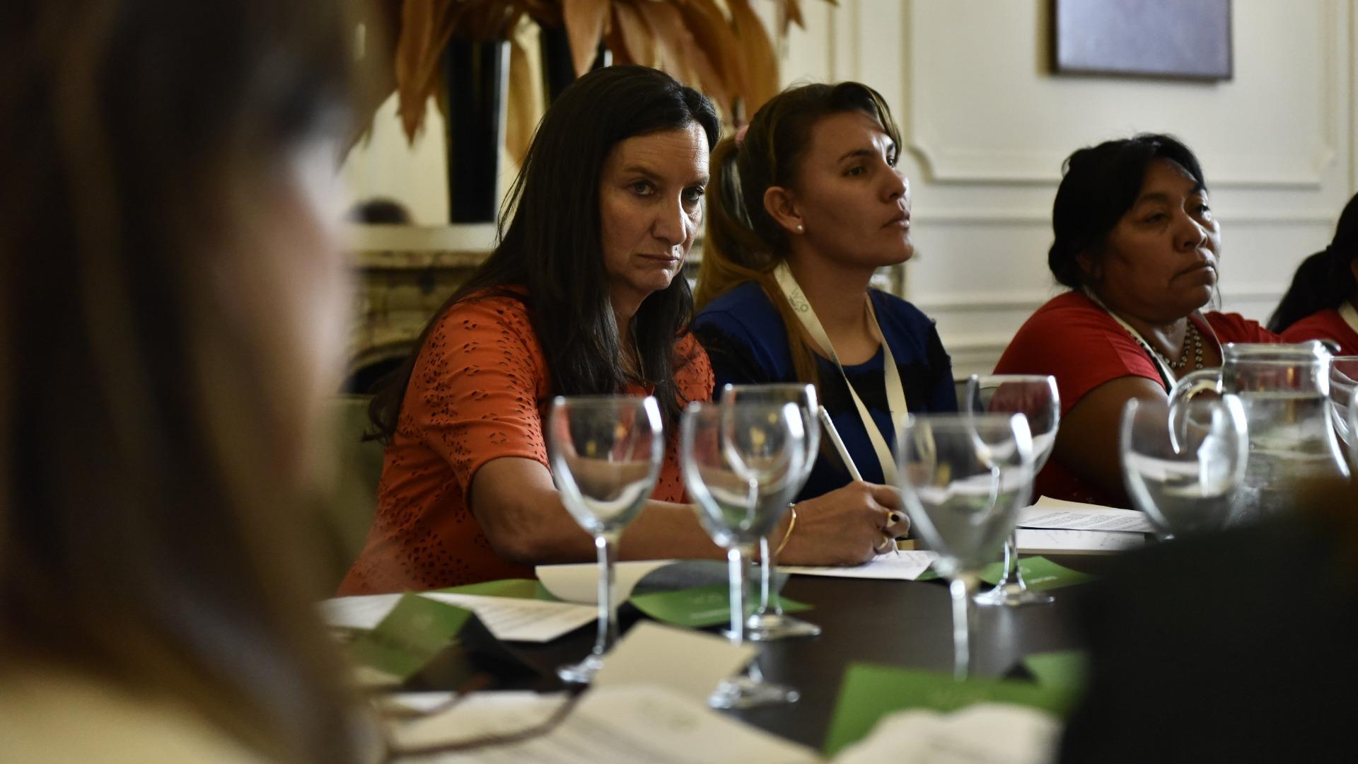 Andrea Grobocopatel, cochair del W20, en la Mesa de Mujeres Rurales