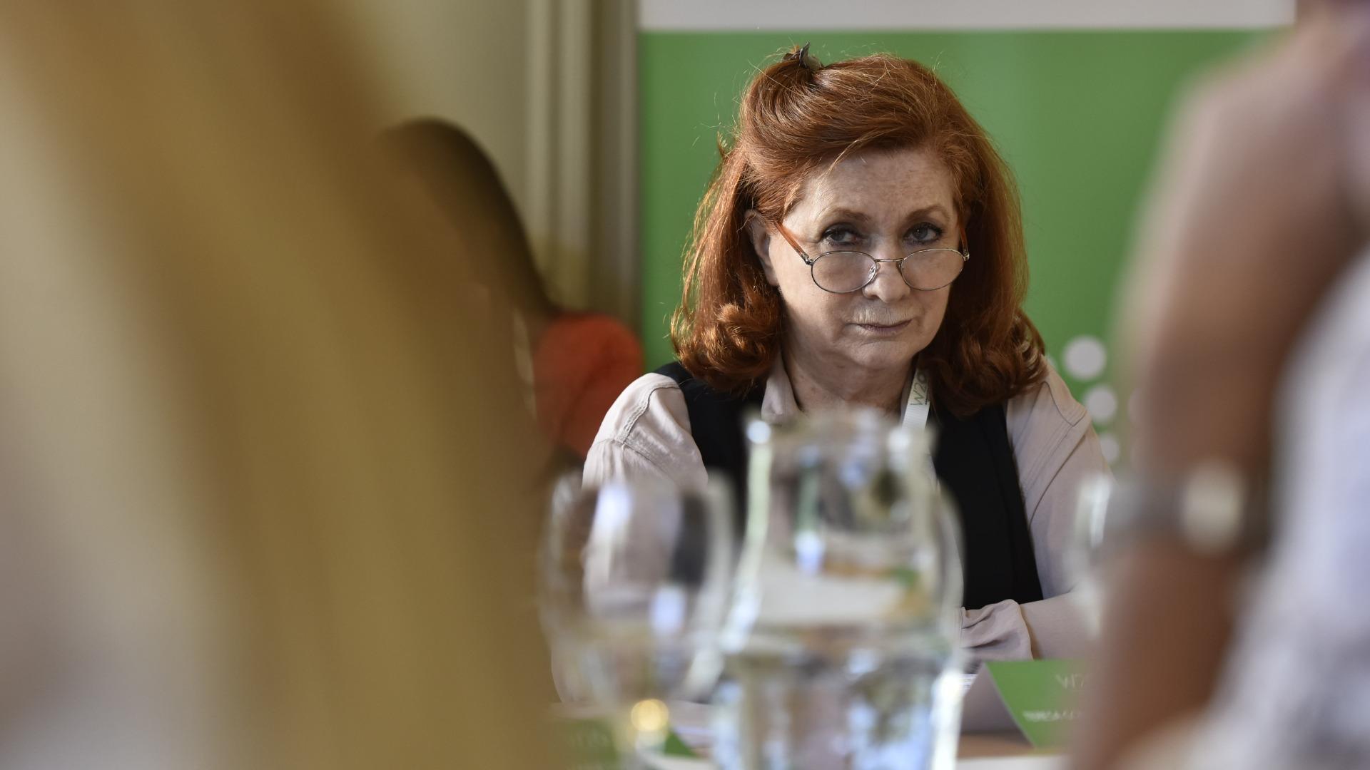 Teresa González Fernández también participó de la Mesa del Sector Privado.