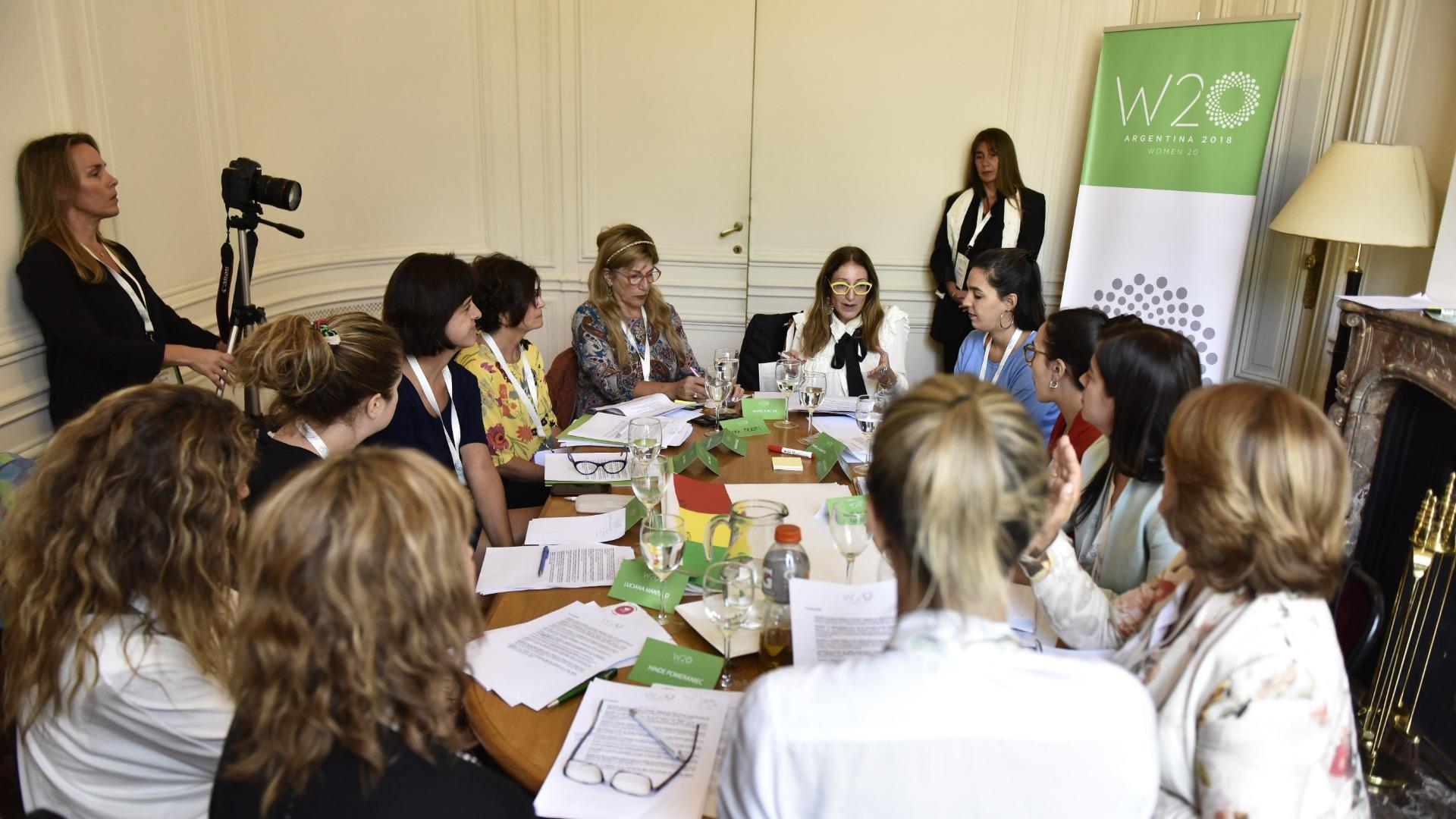 La Mesa de Salud Reproductiva, en pleno debate