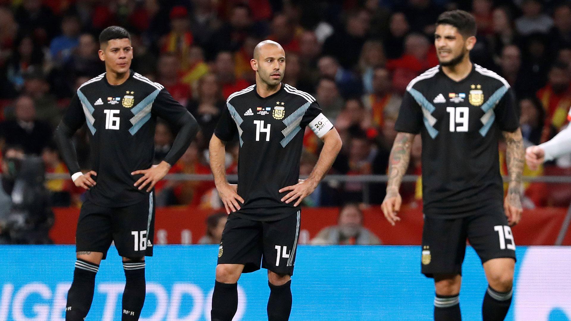Javier Mascherano, uno de los apuntados en la derrota de Argentina por 6 a 1 ante España (Reuters)