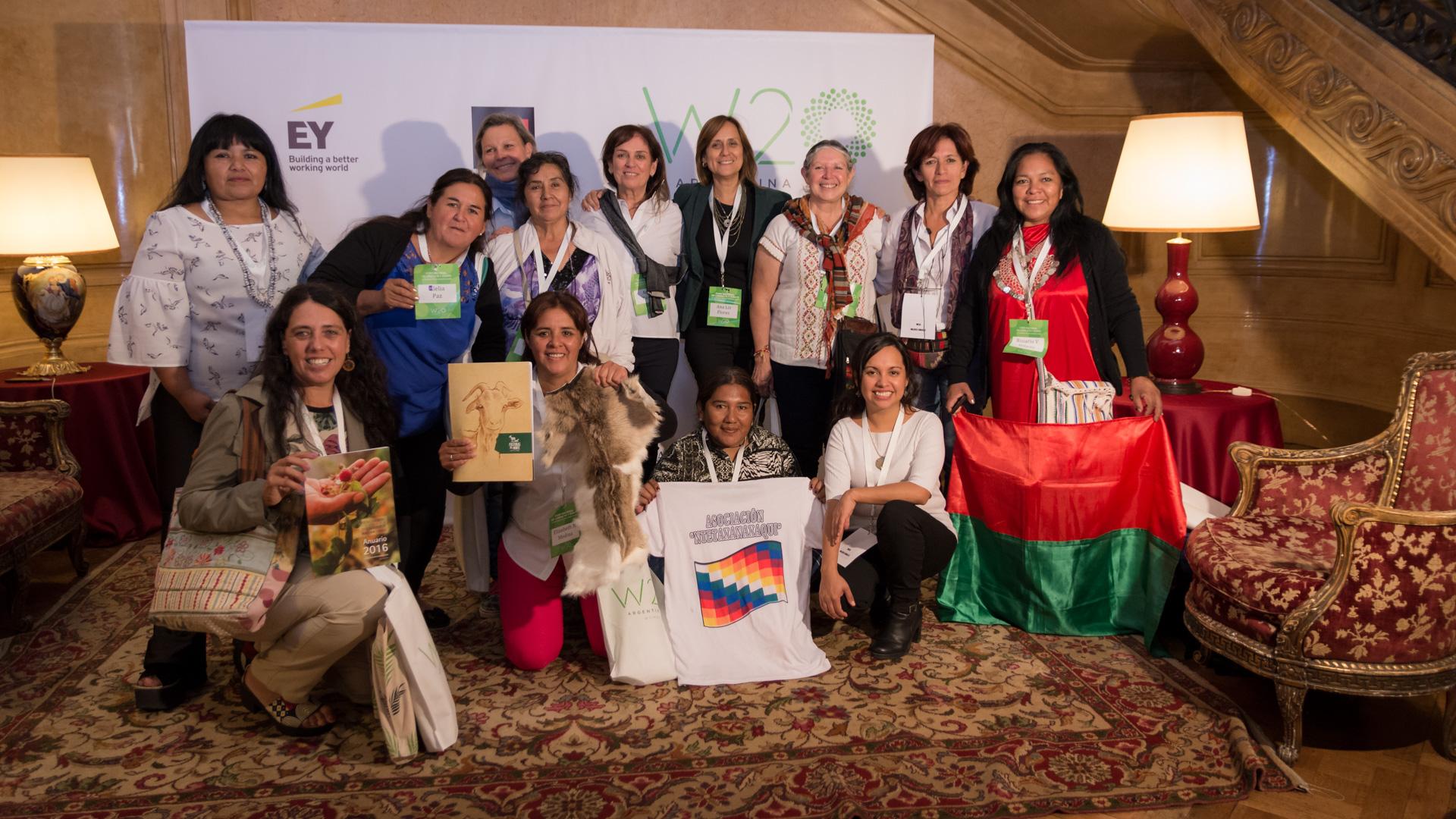 Integrantes de la mesa de debate sobre Mujer Rural