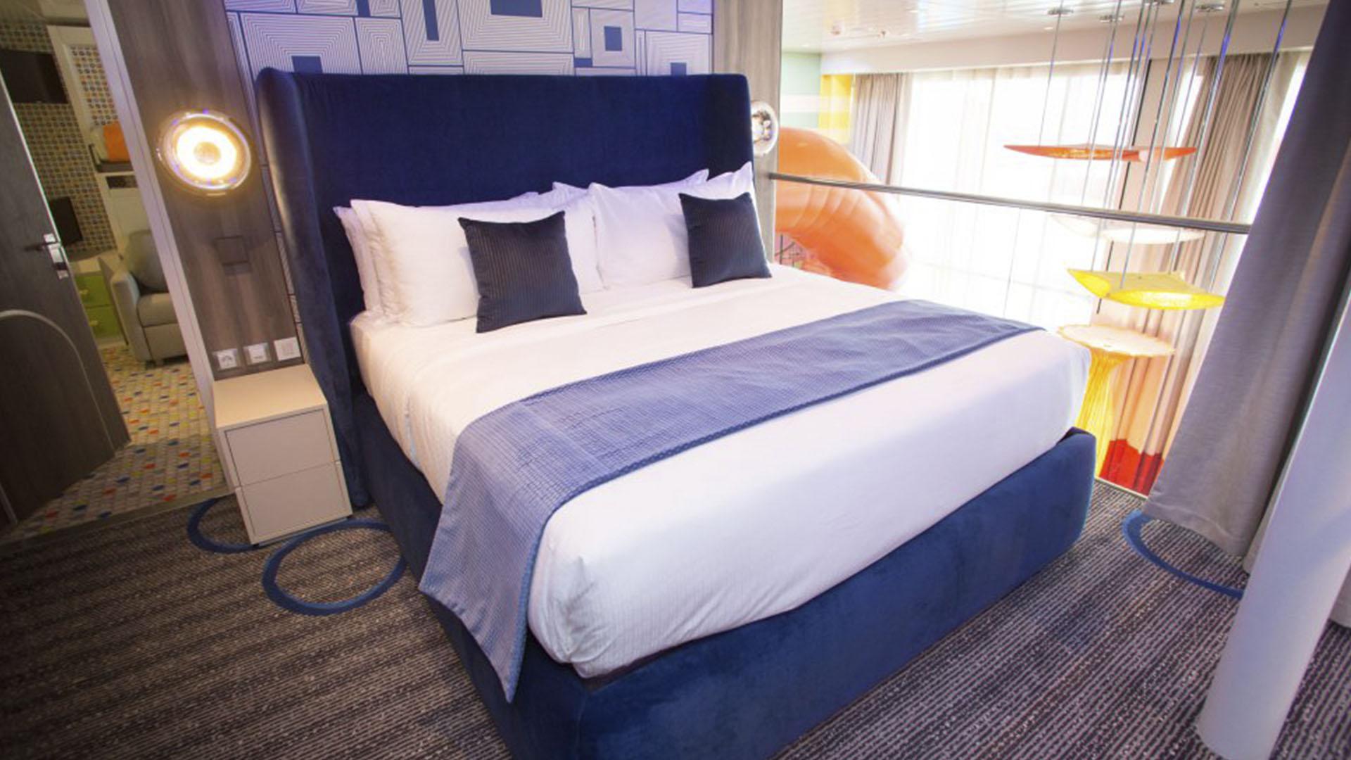 La suite principal del crucero mide 400 metros cuadrados y tiene hasta un tobogán para los niños