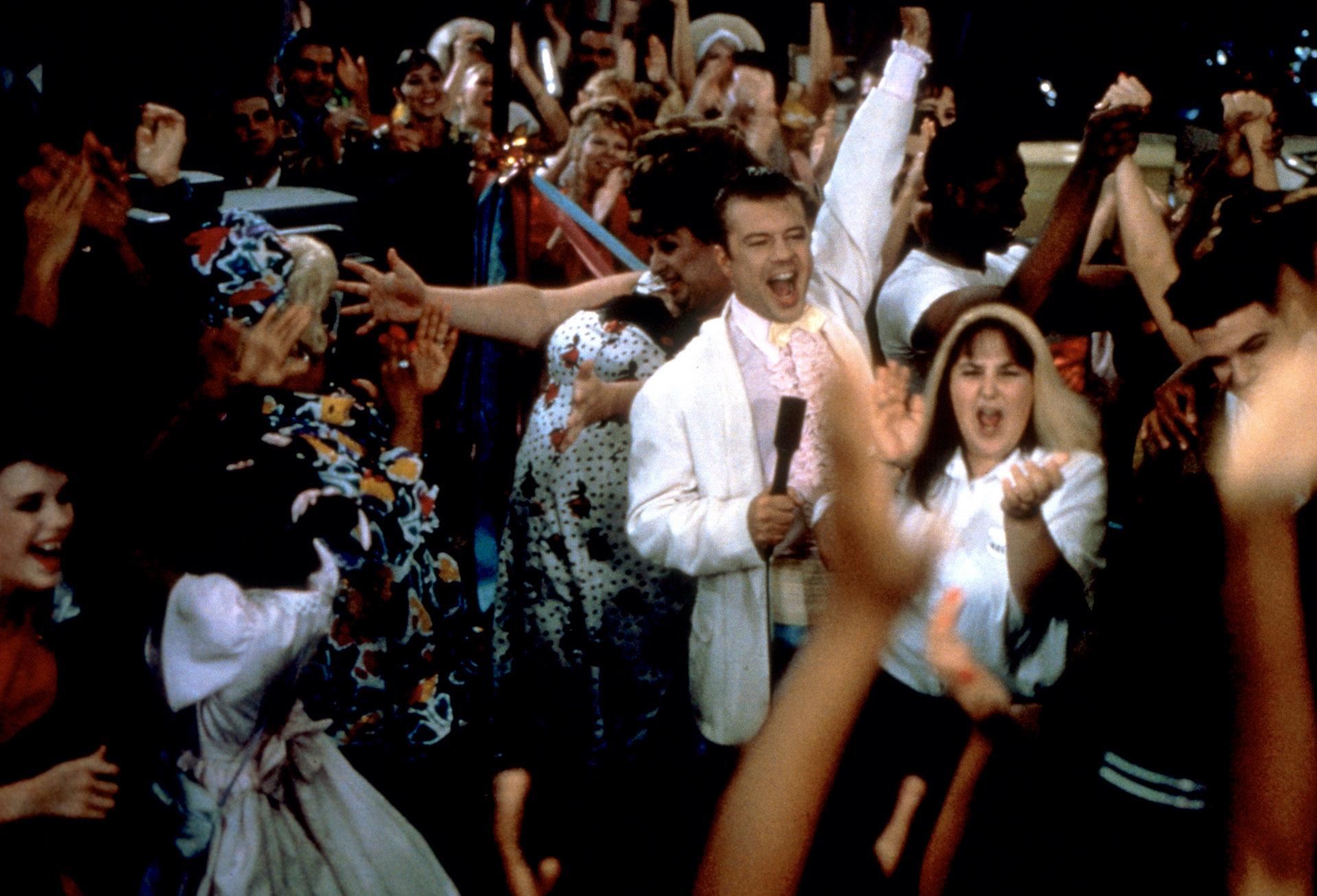 Hairspray fue convertida en un exitoso musical de Broadway y tuvo una reversión en 2008 en la pantalla grande