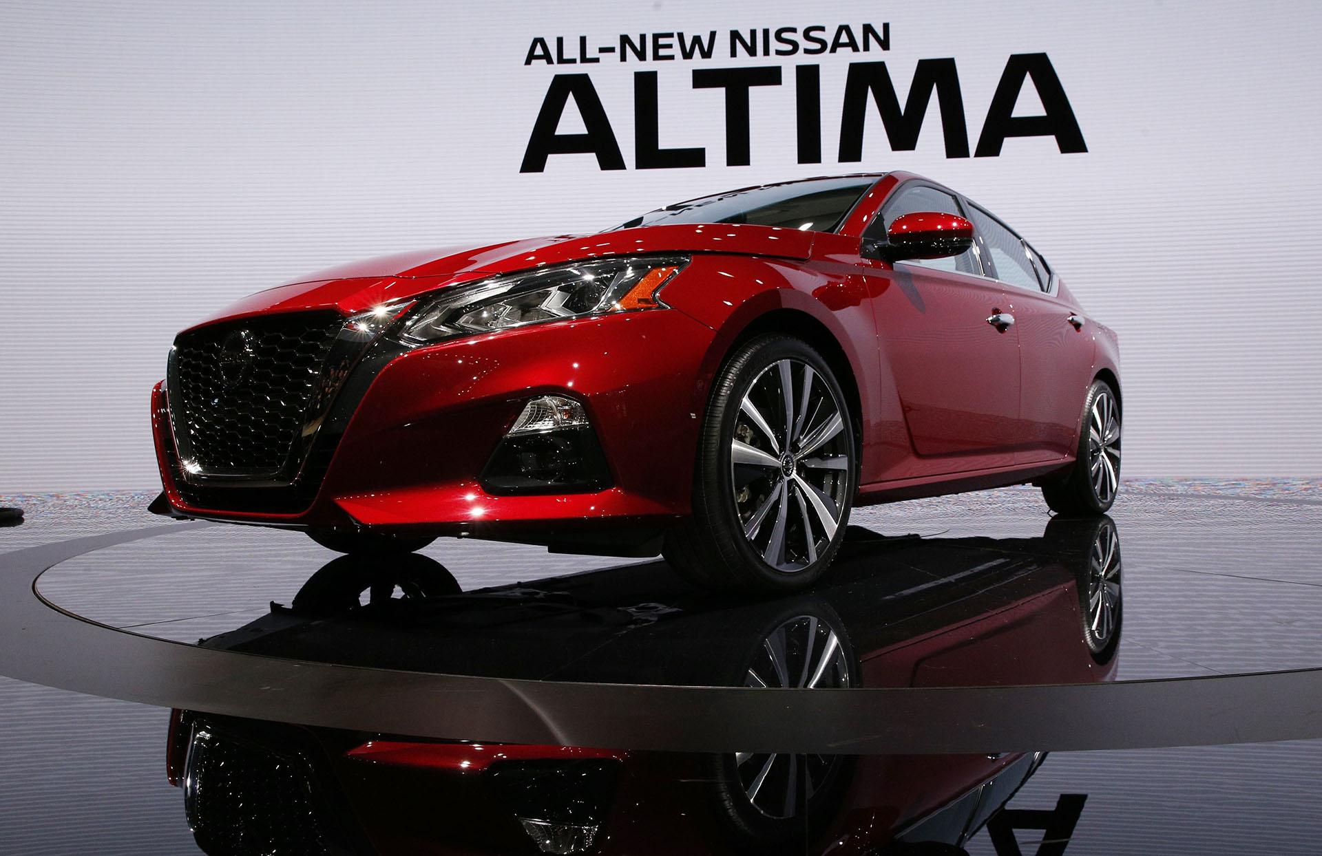 En Nueva York se presentó la sexta generación del Nissan Altima 2019, el popular sedán mediano de la marca nipona. Incluye por primera vez la tecnología Nissan Intelligent Mobility con ProPilot y dos nuevas motorizaciones, con la expectativa de mantenerse a la vanguardia de un segmento con alta competencia