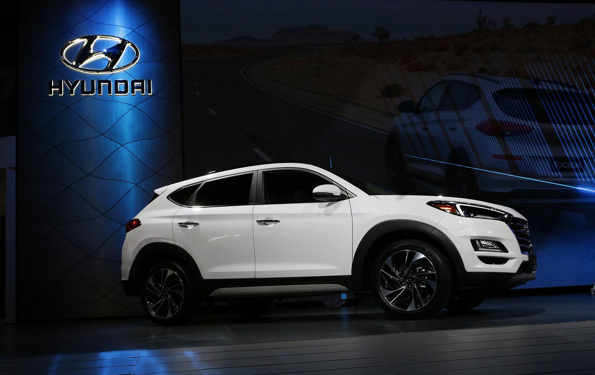 El Hyundai Tucson es la principal apuesta de la marca surcoreana en la cita neoyorquina. Uno de los SUV más vendidos a nivel global recibió un lavado de cara que demuestra el interés de la marca en seguir dominando en el segmento de mayor expansión en todo el mapa