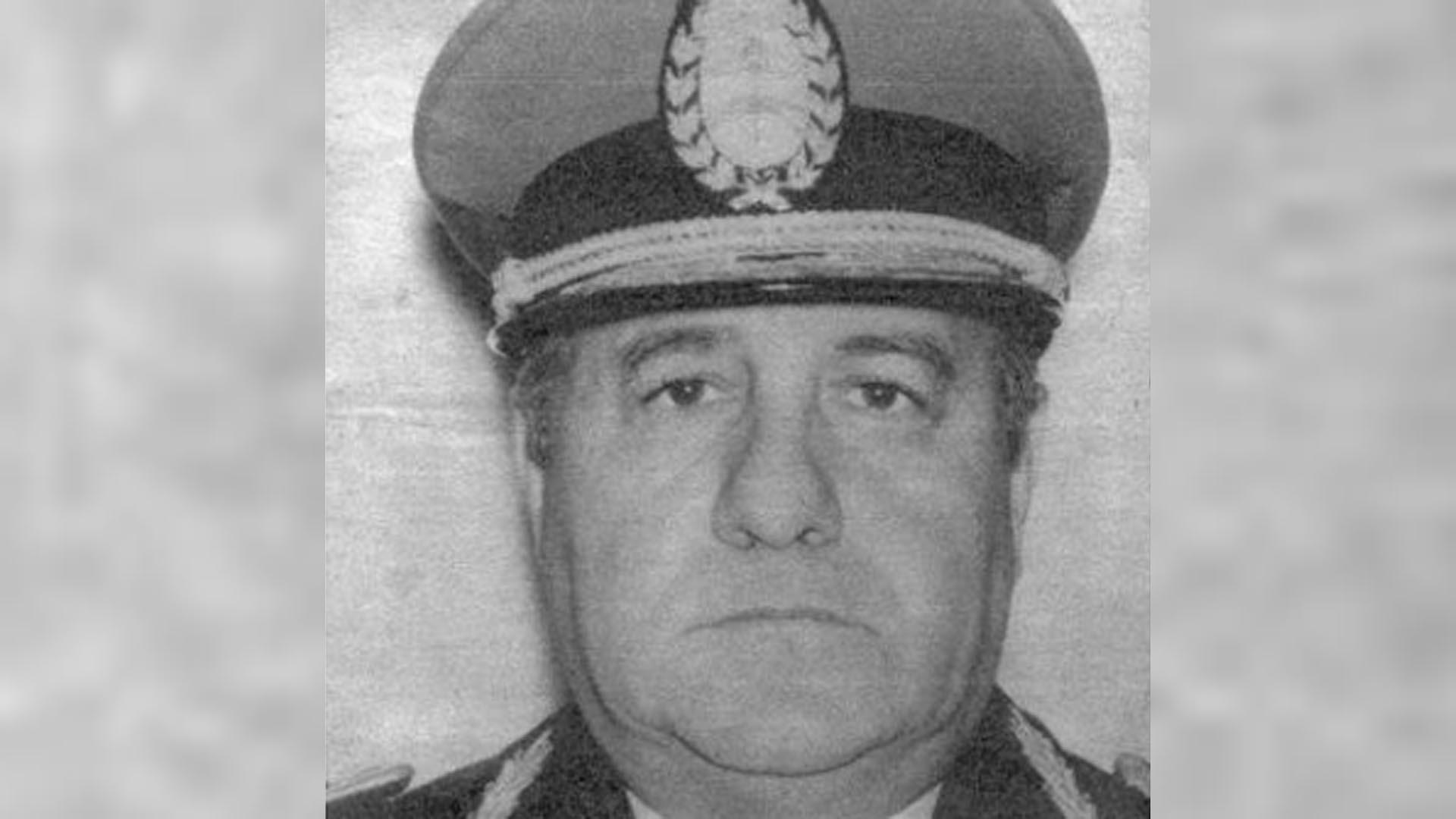 Villar citó a los jefes de las barras y los adoctrinó sobre el peligro de la infiltración subversiva