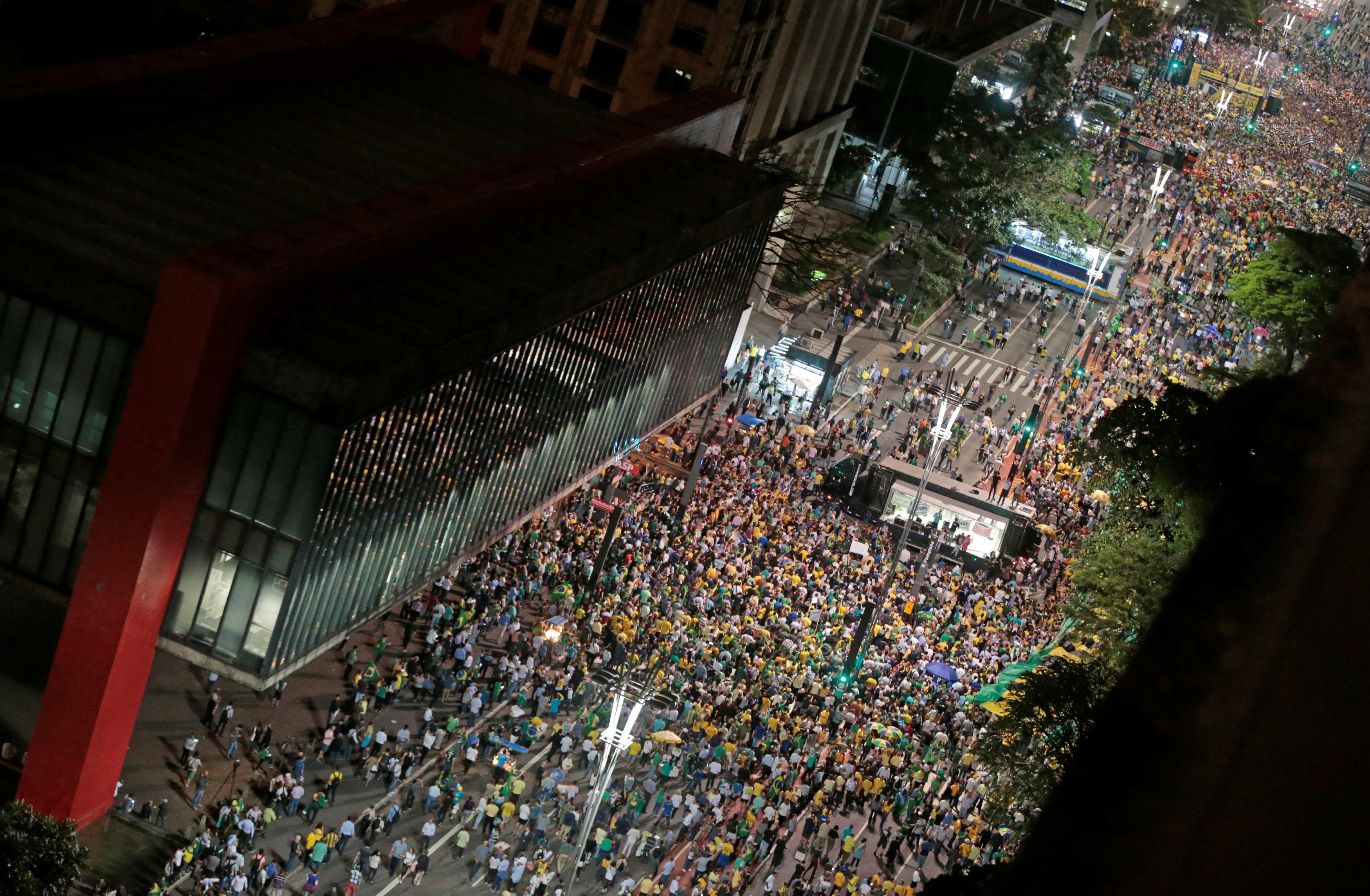 Manifestación en San Pablo (Reuters/Leonardo Benassatto)