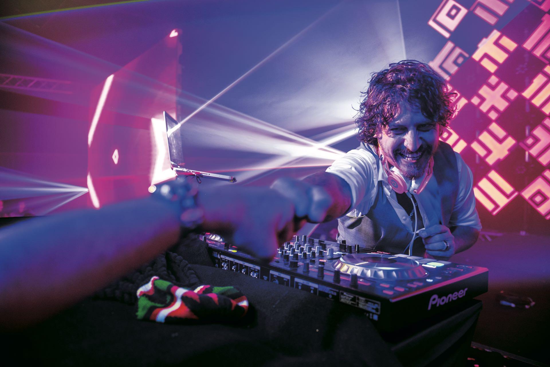 La musicalización estuvo a cargo de Mariano Legui, de Dixi DJS, amigo de la familia.