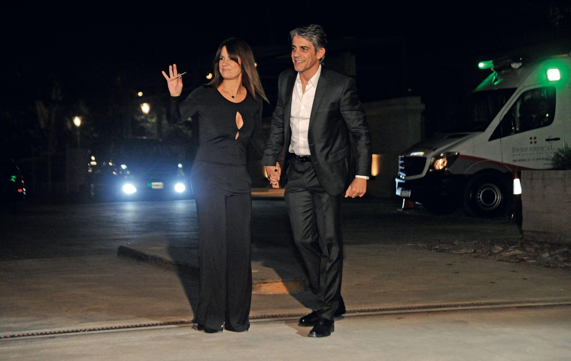 Pablo Echarri y Nancy Dupláa, de los últimos en llegar.