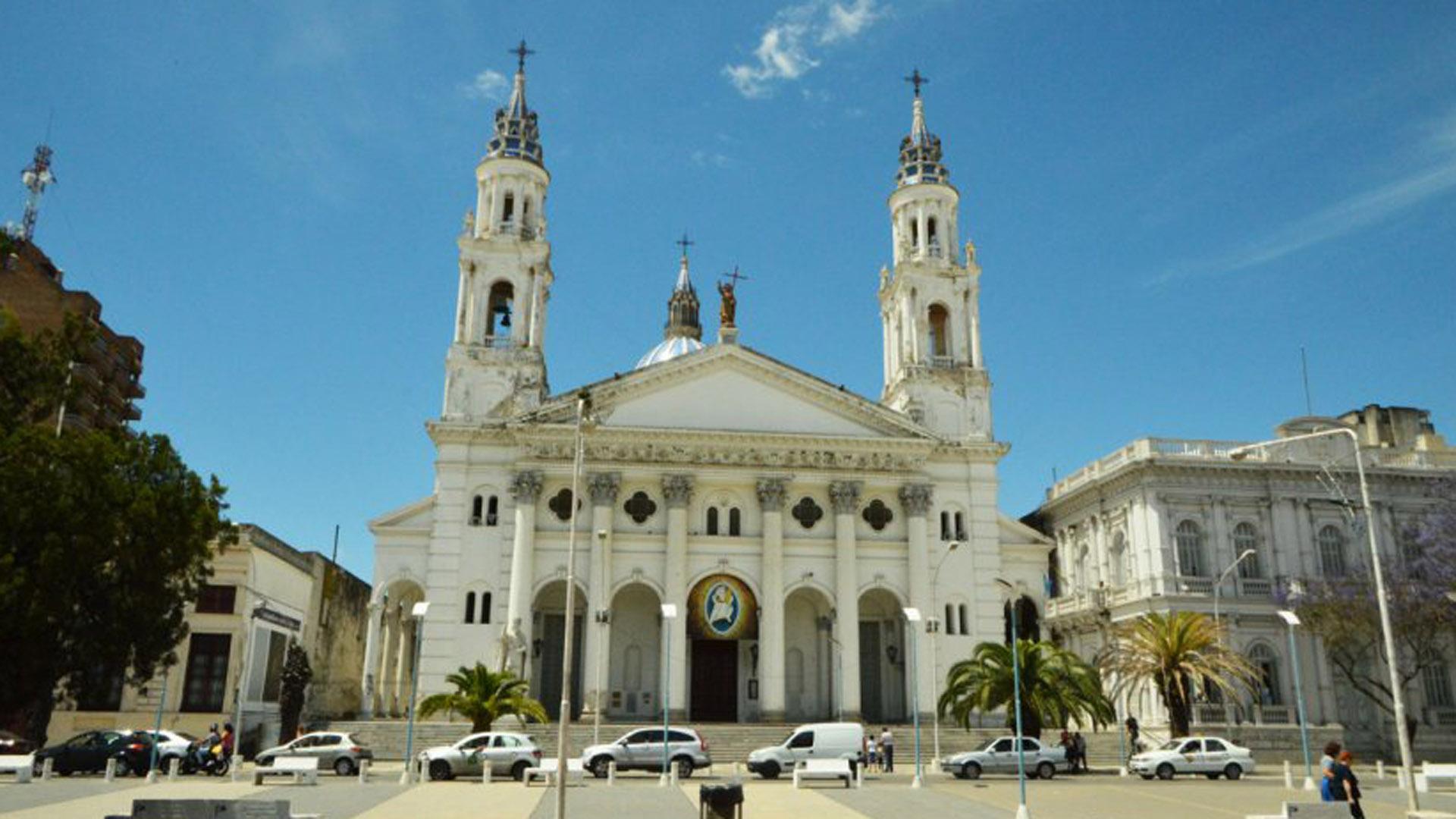 Catedral de Nuestra Señora del Rosario en Paraná