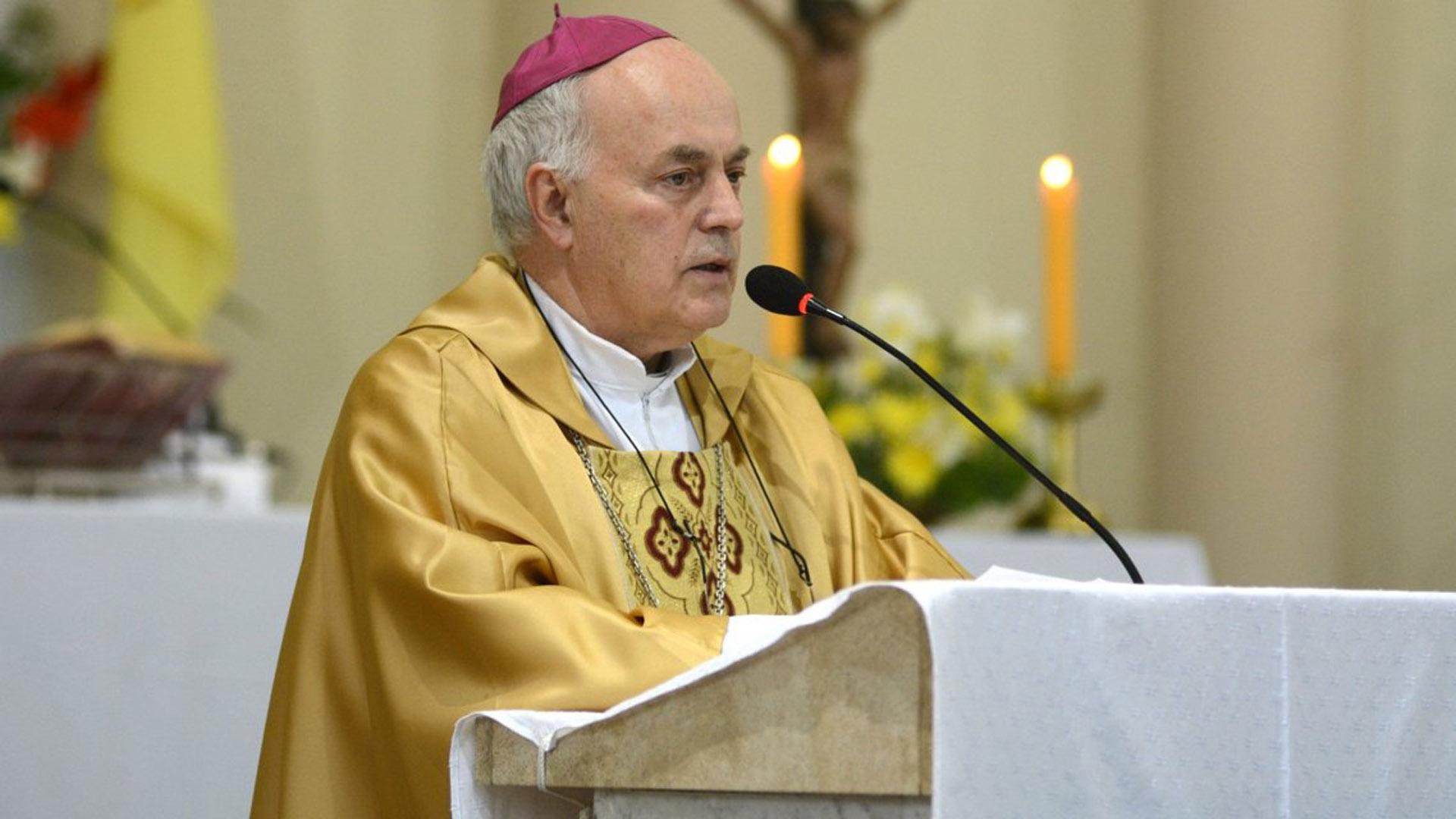 Monseñor Juan Alberto Puiggiari, arzobispo de Paraná