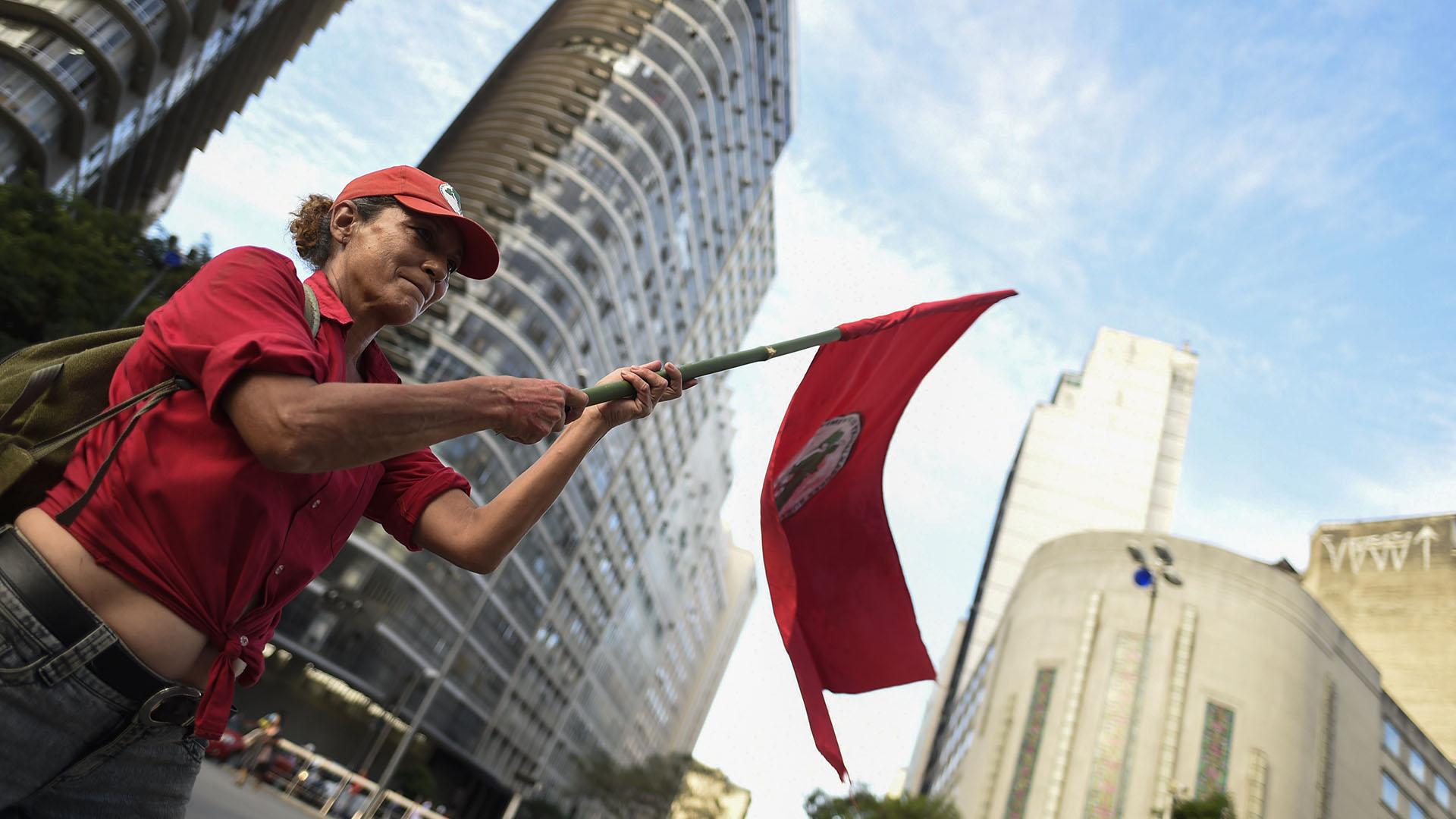 Simpatizante de Lula en Río. (AFP PHOTO / DOUGLAS MAGNO)