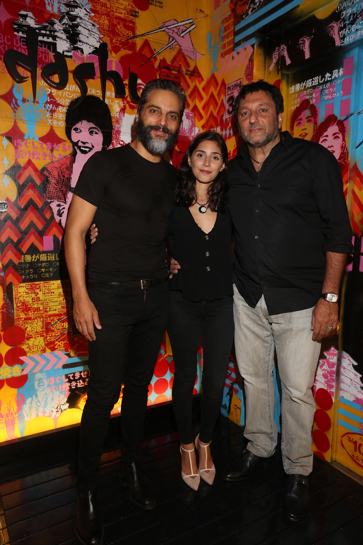 Joaquín Furriel junto a Zoe y Gabriel Hochbaum