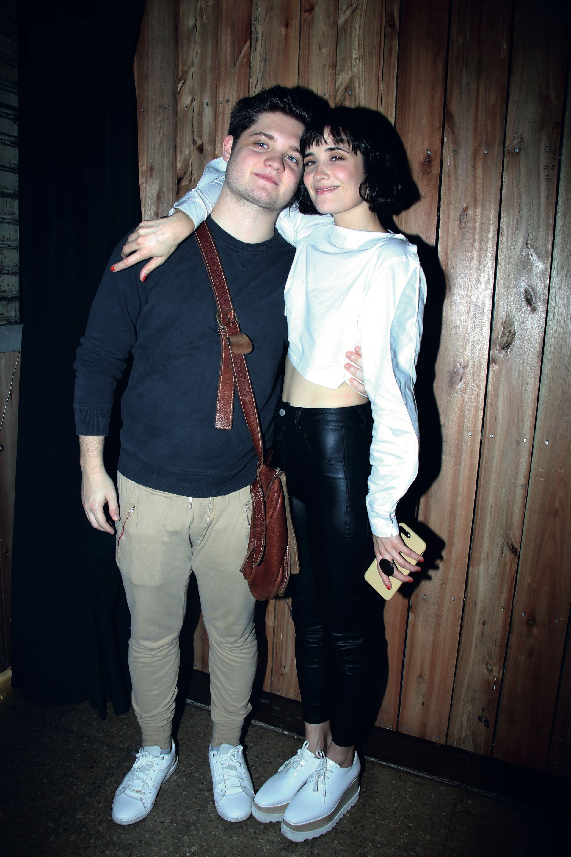 Florencia Raggi y Flor Torrente. La artista recibió el apoyo de su hermano. (Foto Movilpress)