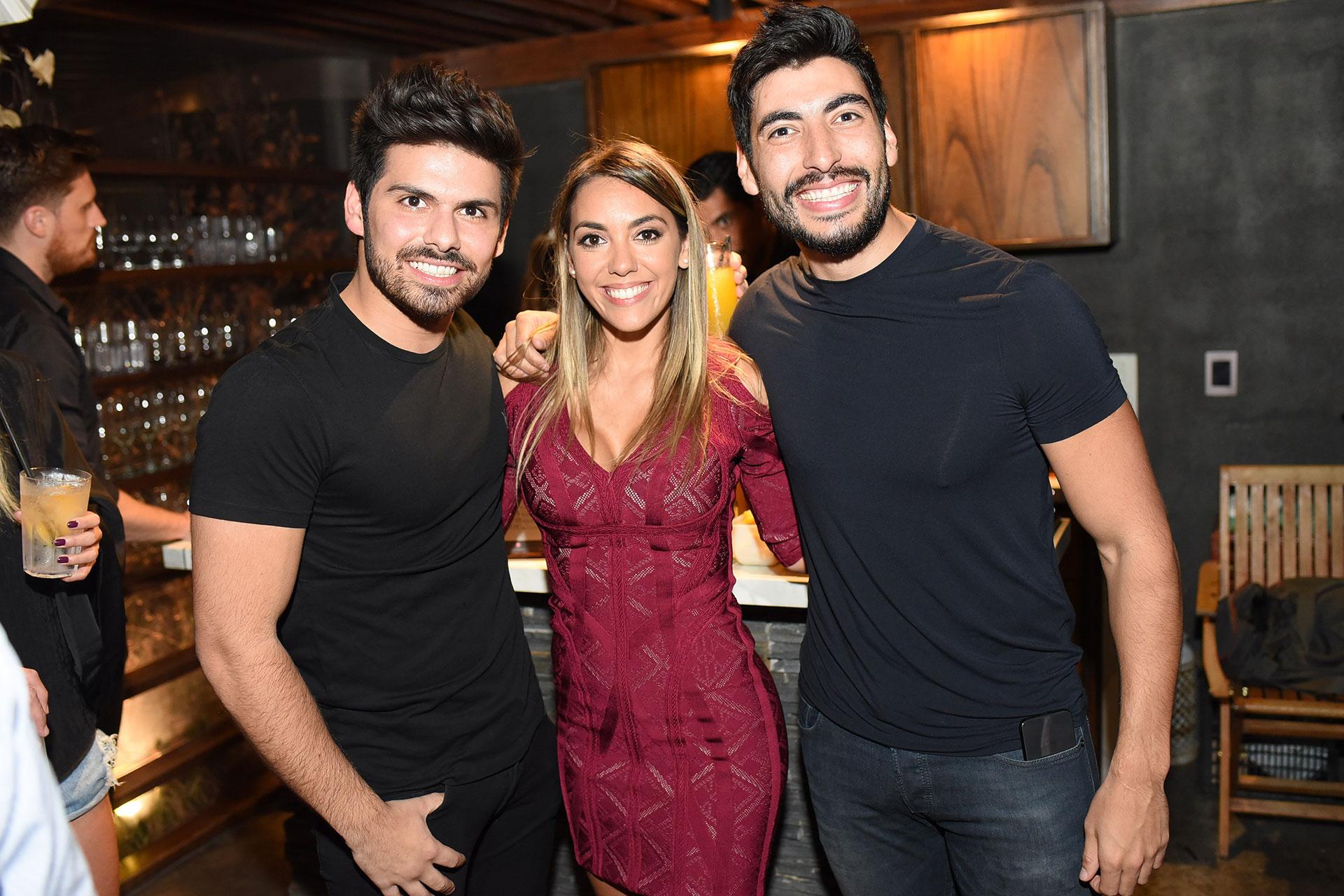 Con dos amigos: Augusto Marini y Facundo Moyano.