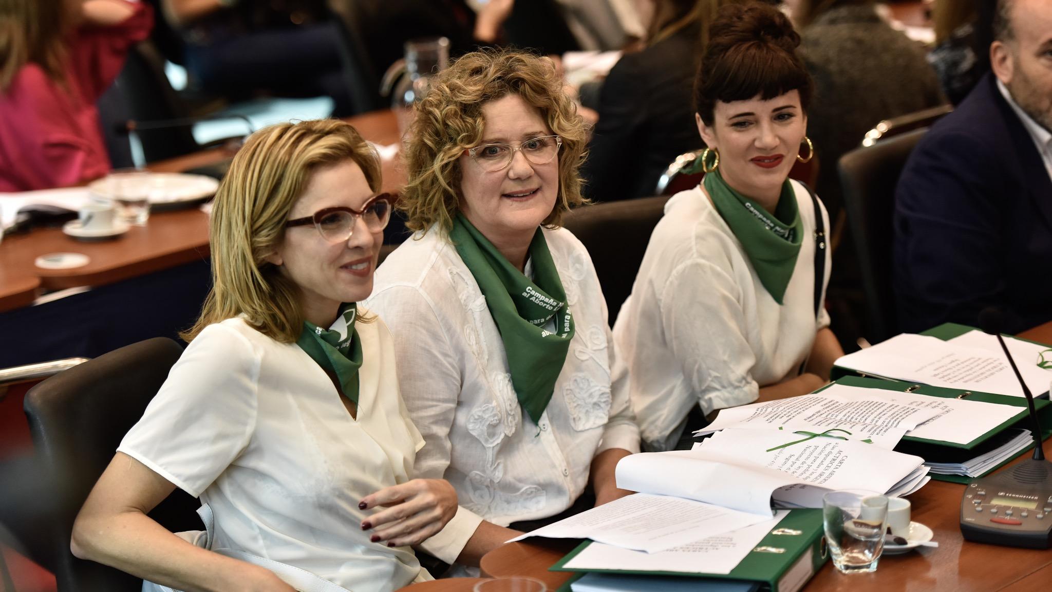 Las actrices Carla Peterson, Verónica Llinás y Griselda Siciliani (Adrián Escandar)